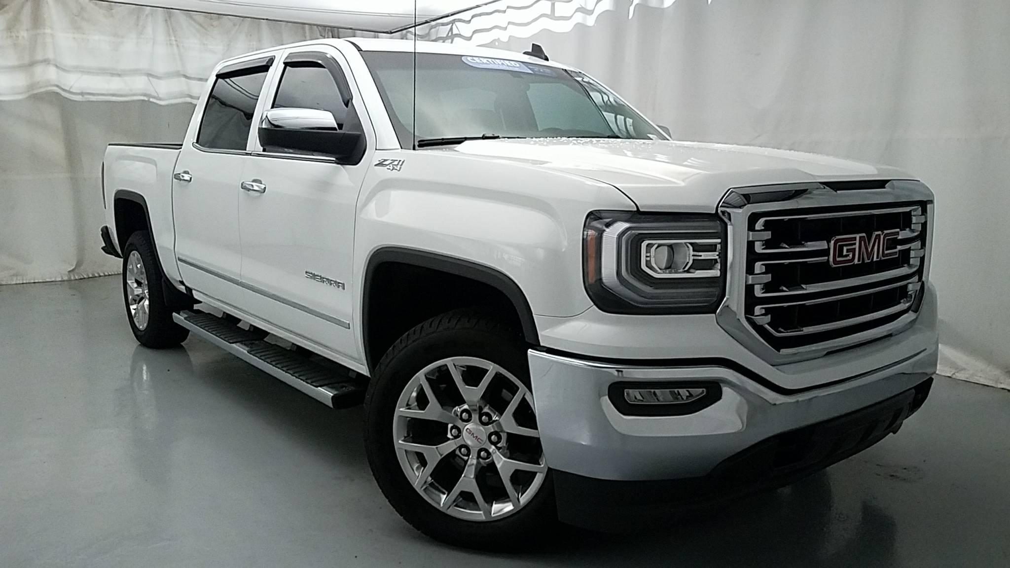 Beautiful White 2016 Chevy Silverado