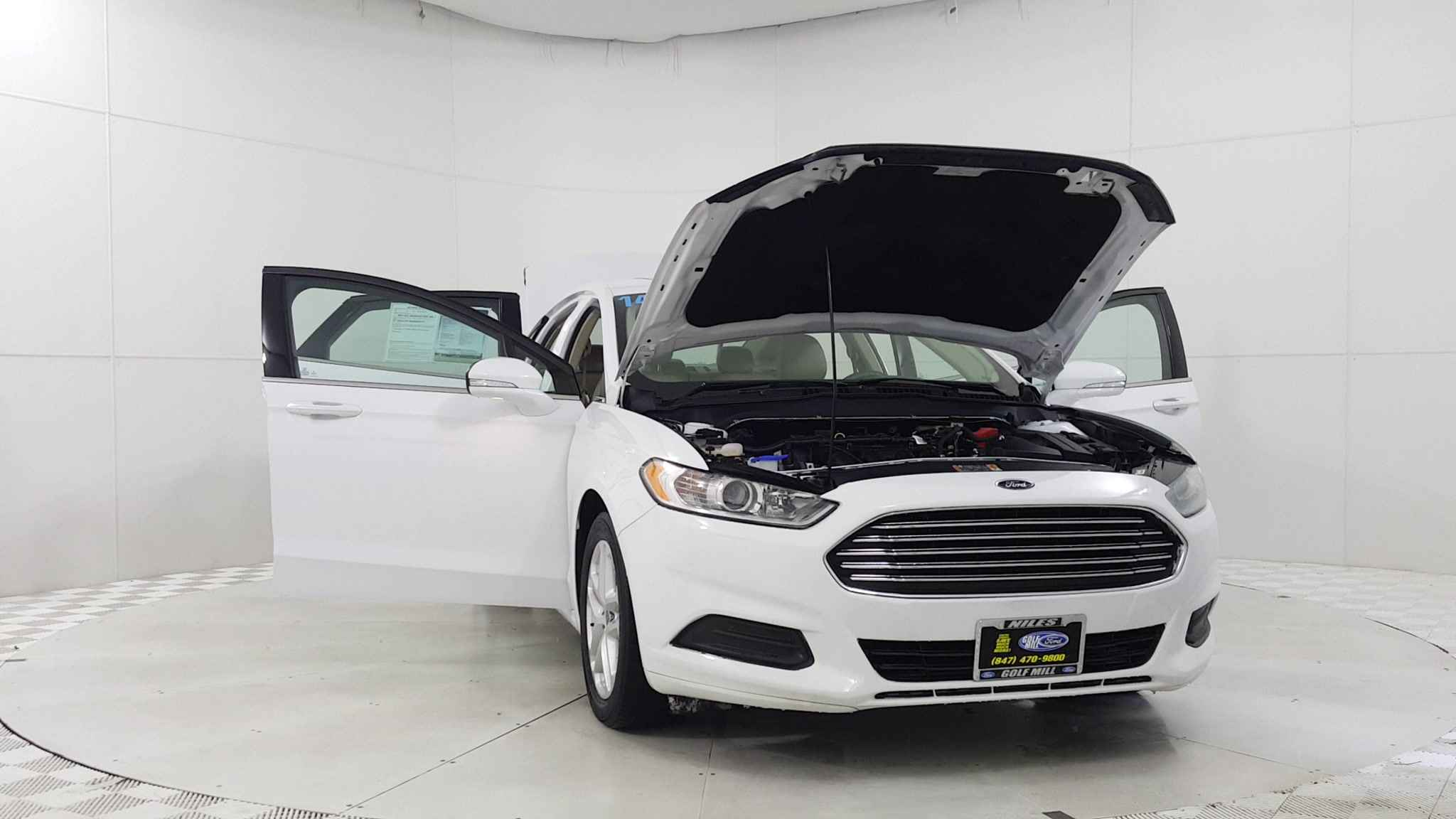 Used 2014 Ford Fusion SE in Niles IL Golf Mill Ford