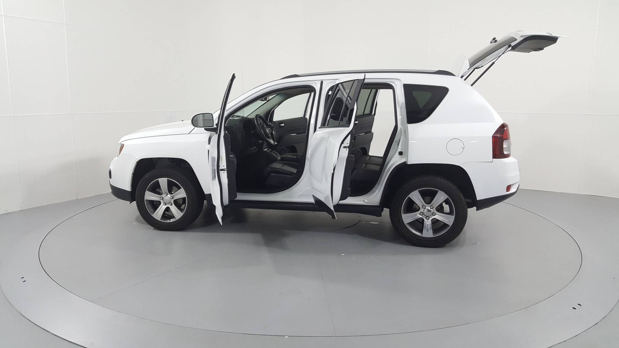 Pre-Owned 2016 Jeep Compass High Altitude Edition