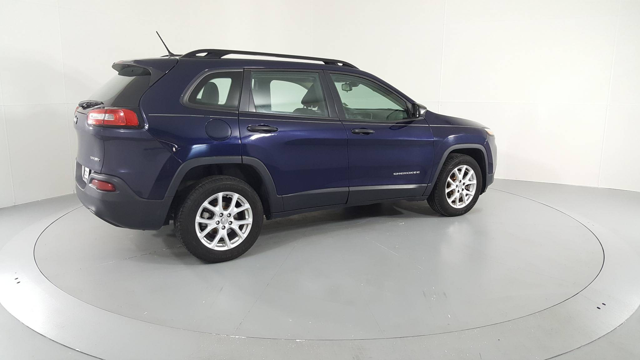 Pre-Owned 2015 Jeep Cherokee Sport