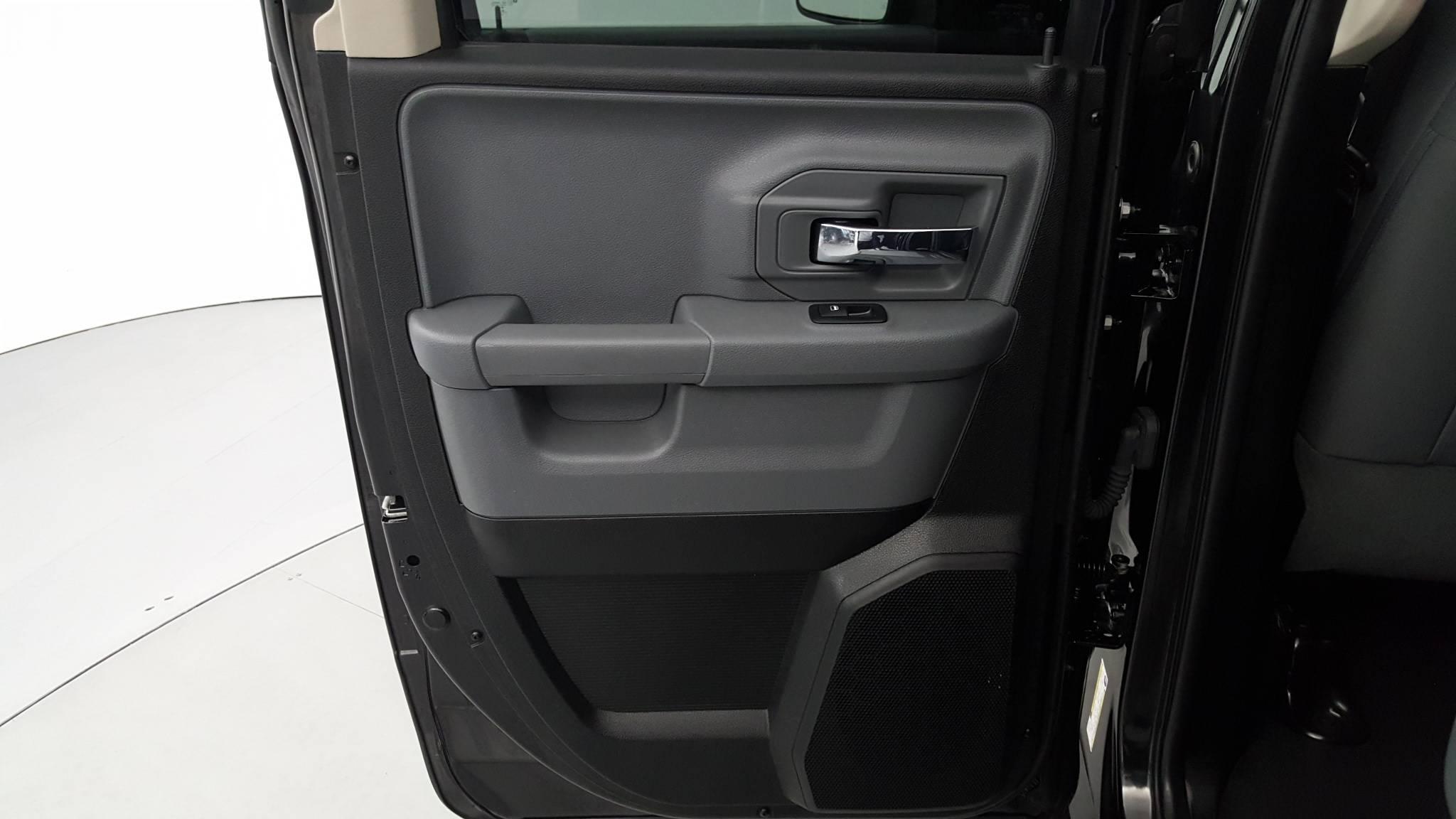 Pre-Owned 2017 Ram 1500 SLT