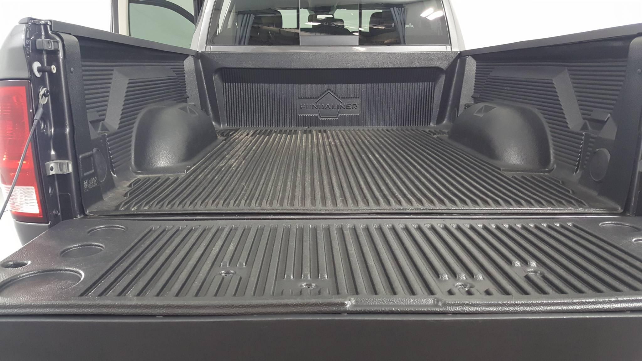 Pre-Owned 2016 Ram 1500 SLT