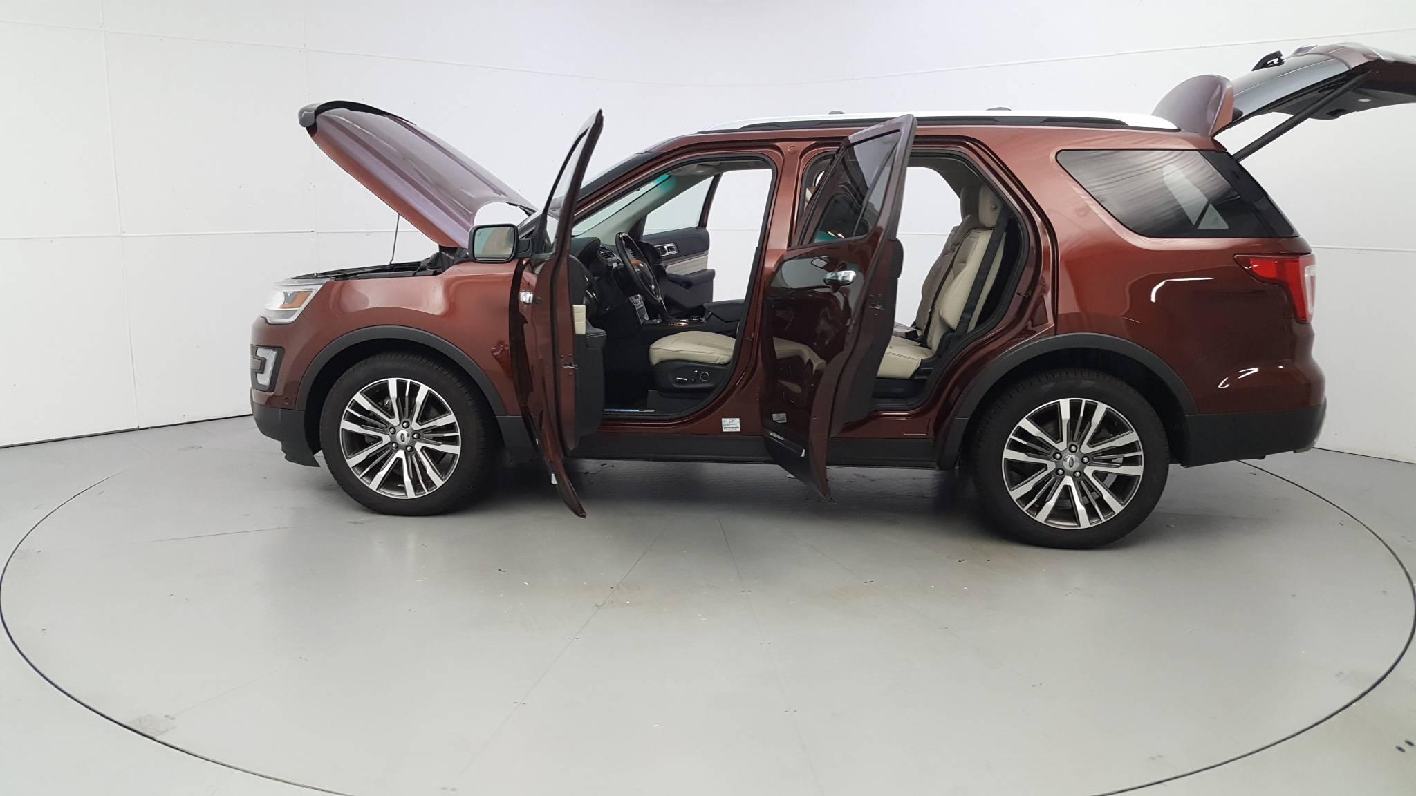 Pre-Owned 2016 Ford Explorer Platinum