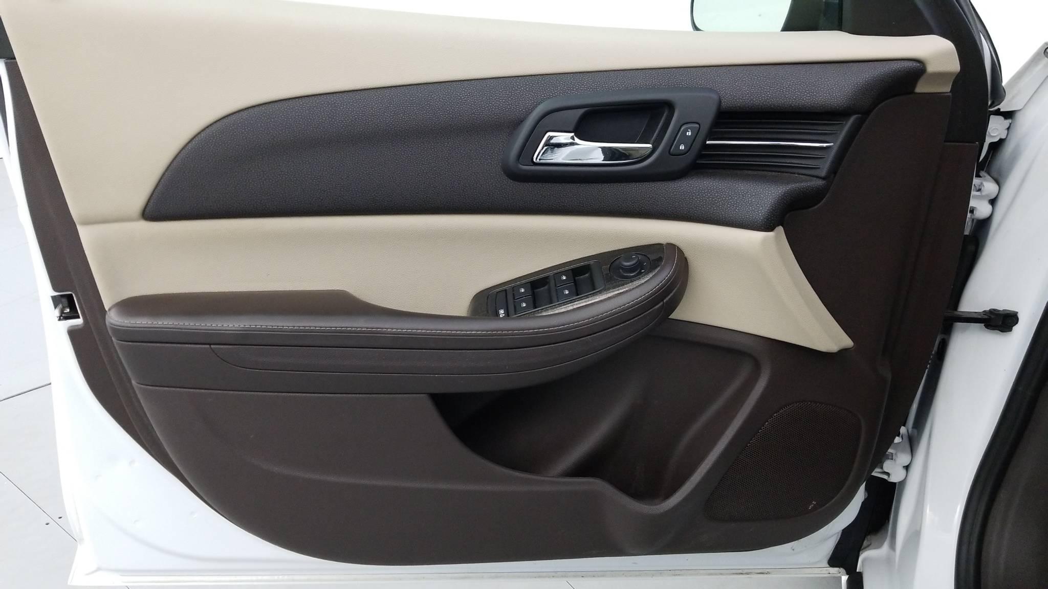 Pre-Owned 2014 Chevrolet Malibu LT