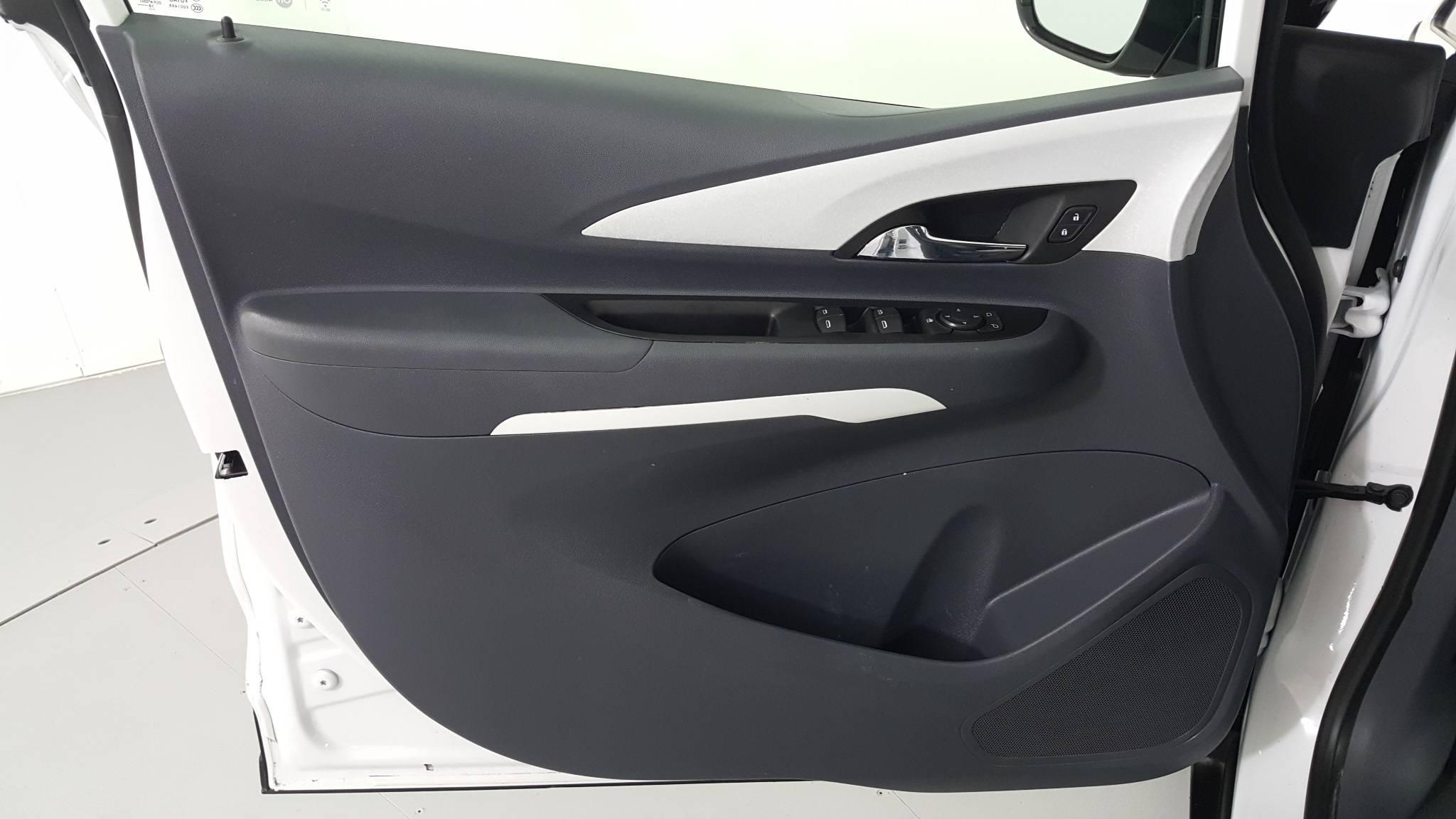 Pre-Owned 2019 Chevrolet Bolt EV LT