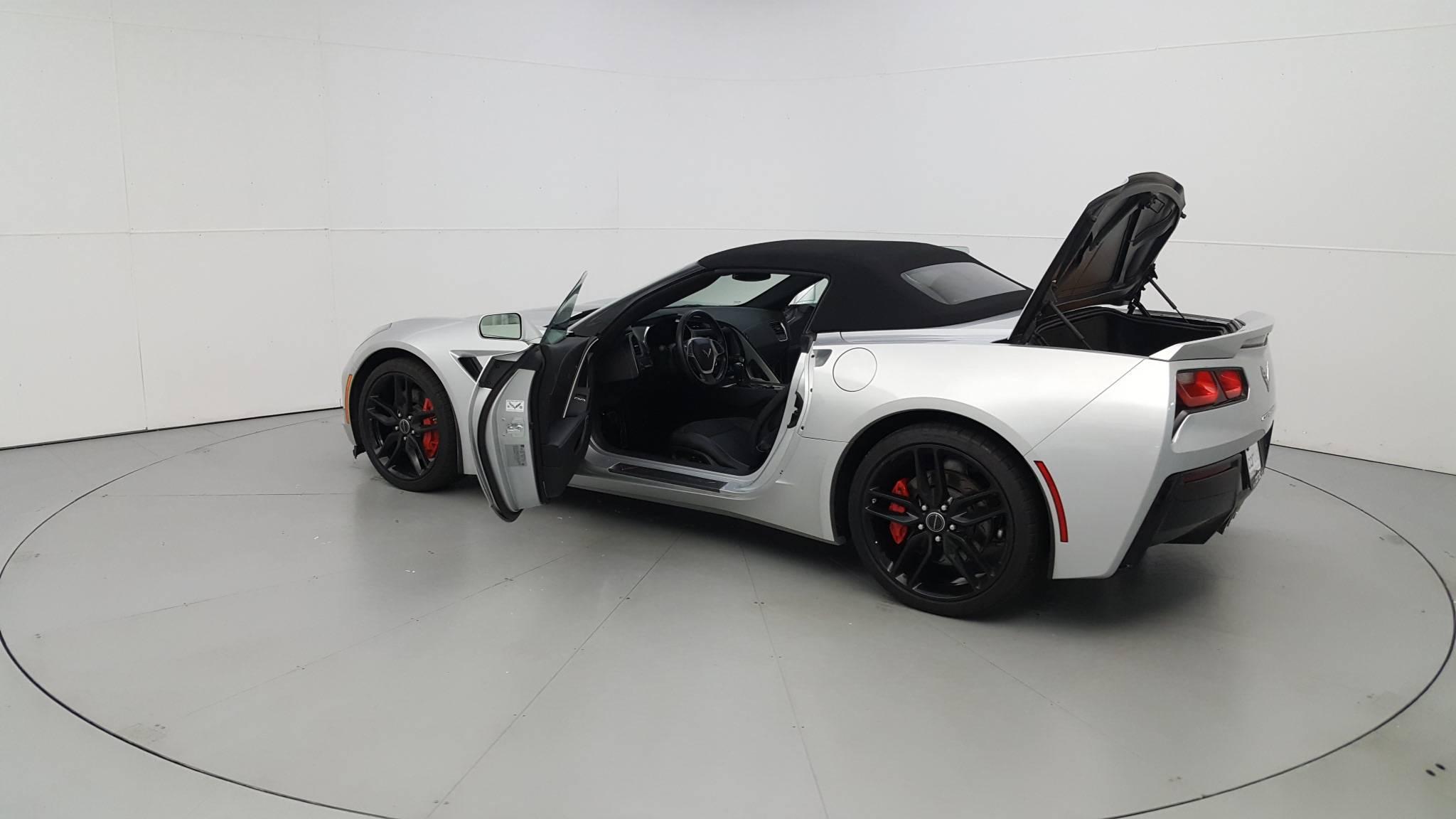 Pre-Owned 2015 Chevrolet Corvette Z51 2LT