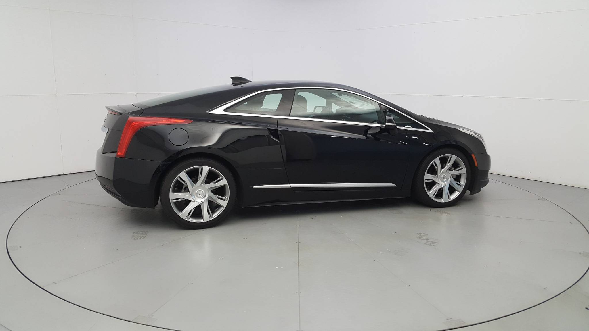 Pre-Owned 2014 Cadillac ELR