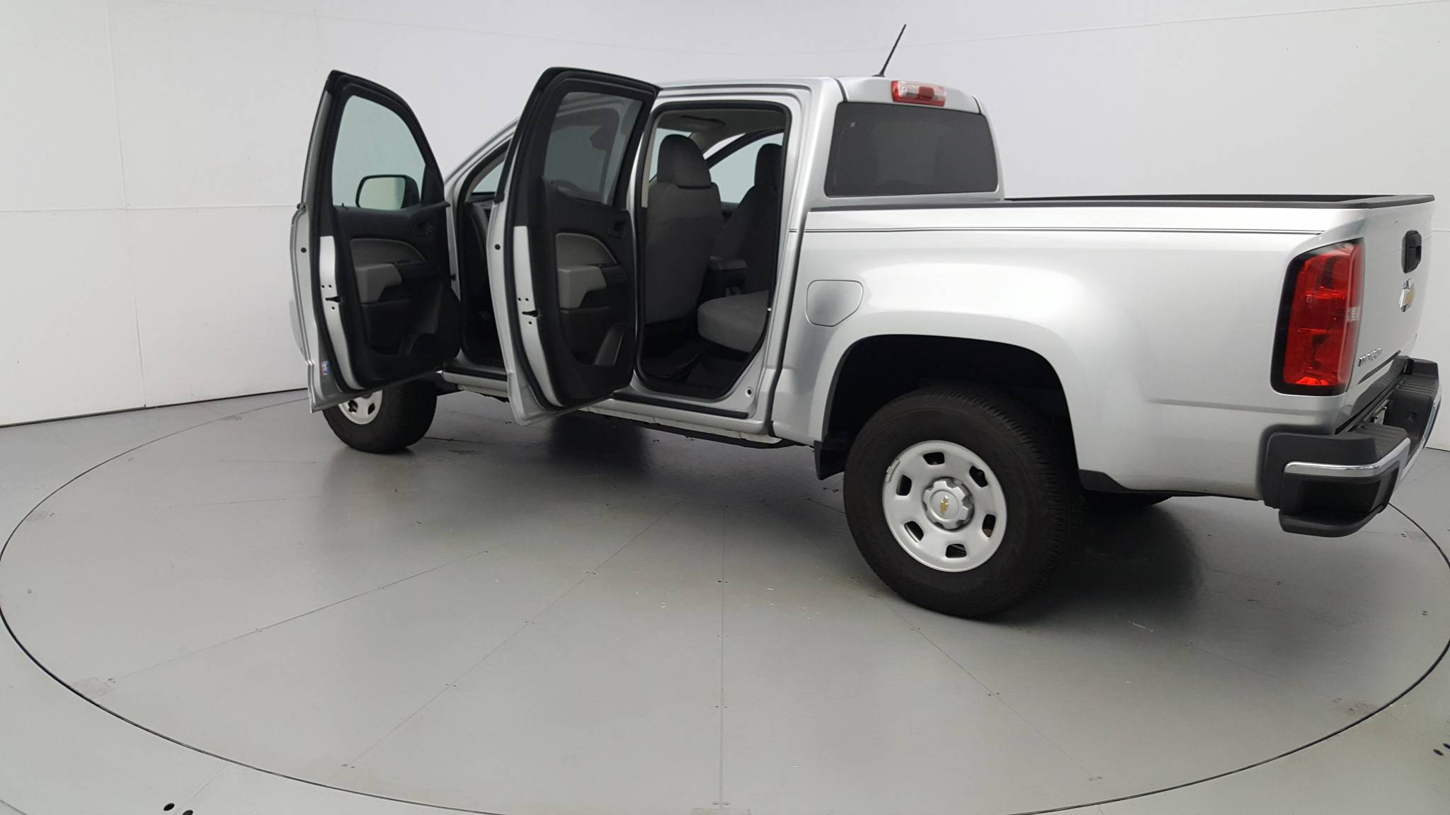 Pre-Owned 2019 Chevrolet Colorado 2WD Work Truck