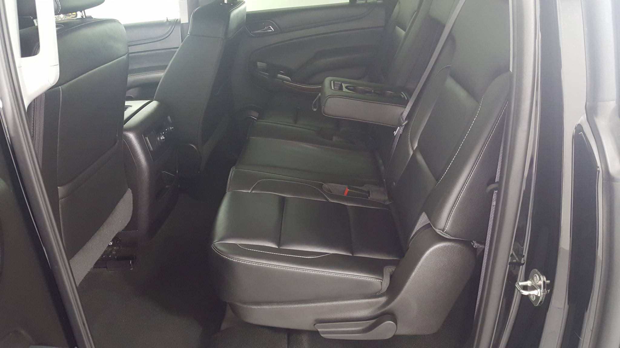 Pre-Owned 2017 Chevrolet Suburban LT