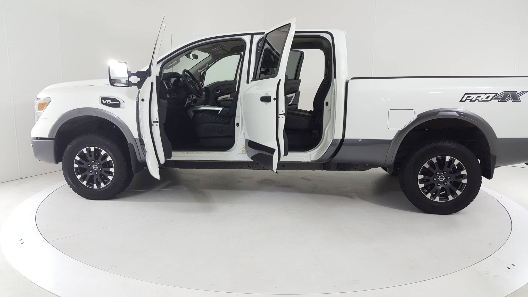 Pre-Owned 2018 Nissan Titan XD PRO-4X