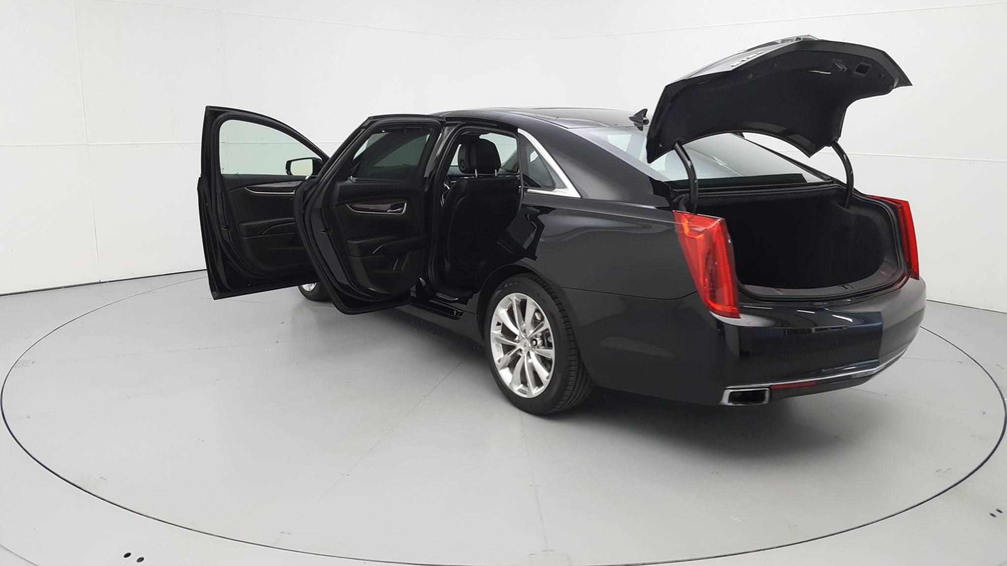 Pre-Owned 2014 Cadillac XTS Premium