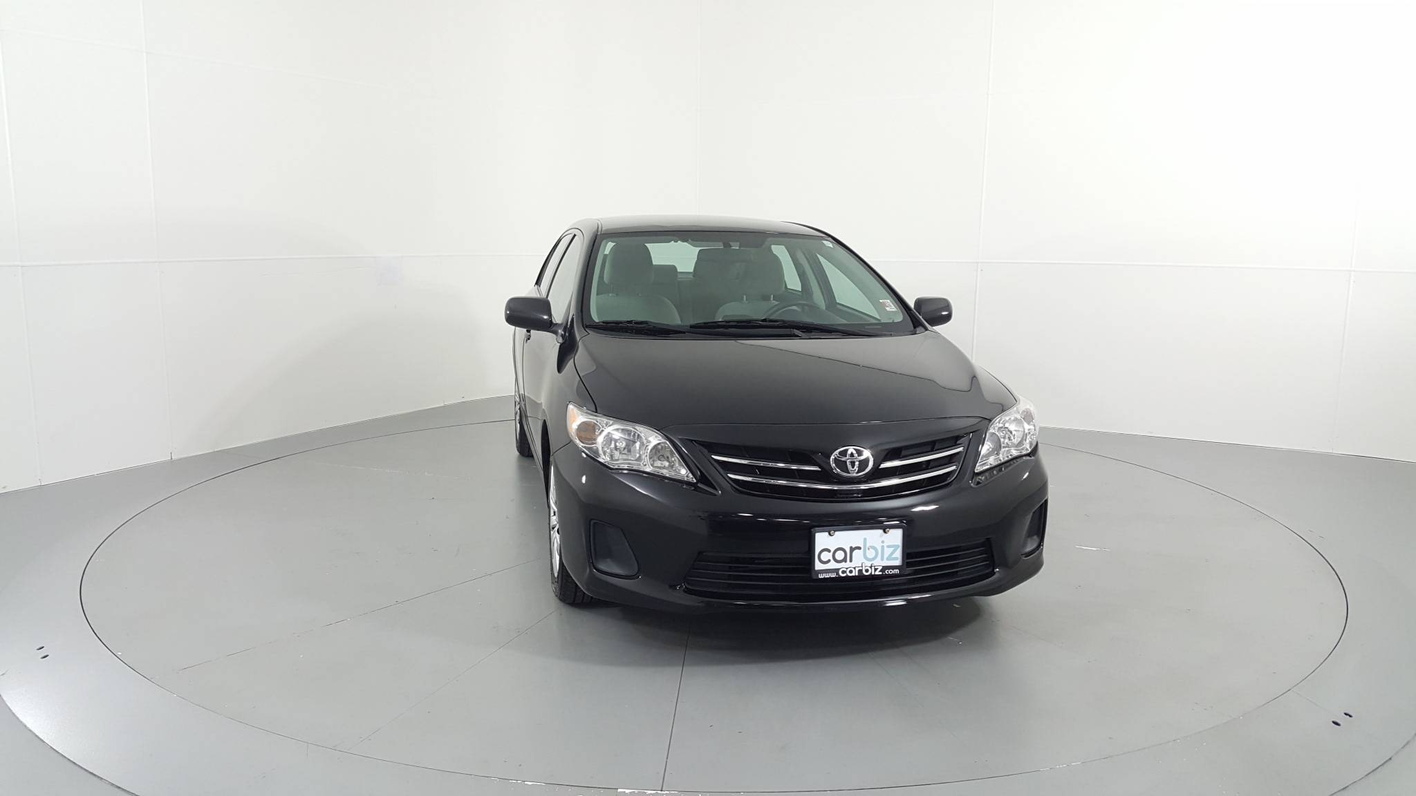 Pre-Owned 2013 Toyota Corolla LE
