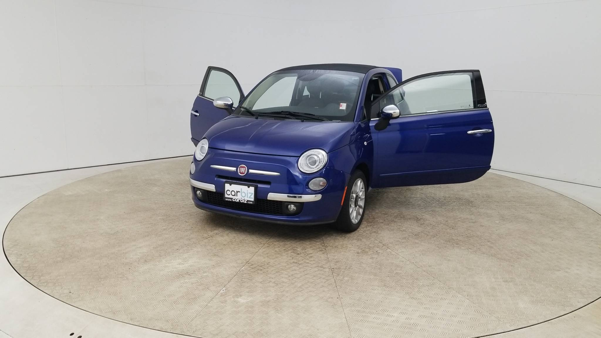 Pre-Owned 2014 FIAT 500c Lounge
