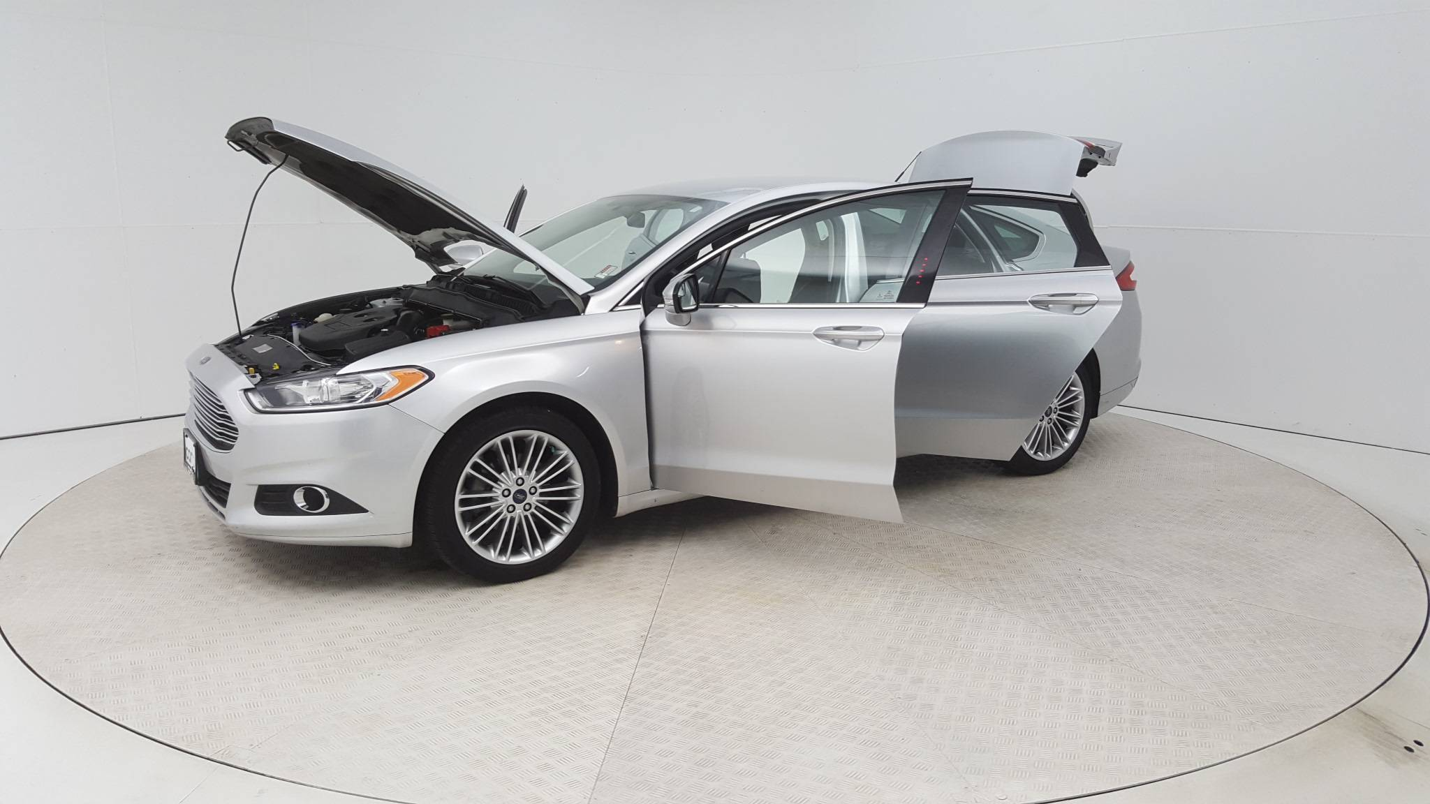 Pre Owned 2014 Ford Fusion 4dr Sdn SE FWD 4dr Car in Baltimore