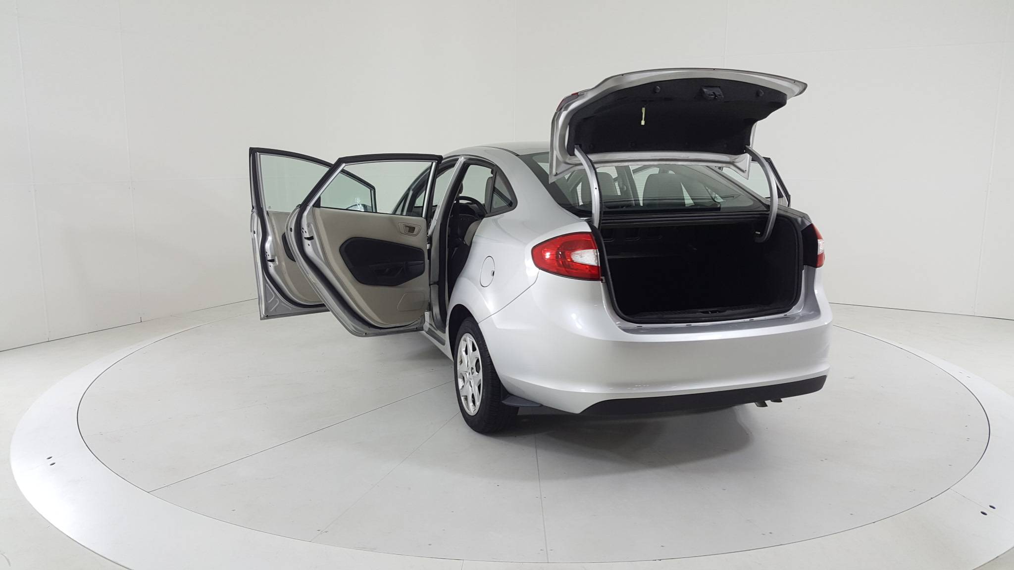 Pre-Owned 2011 Ford Fiesta S