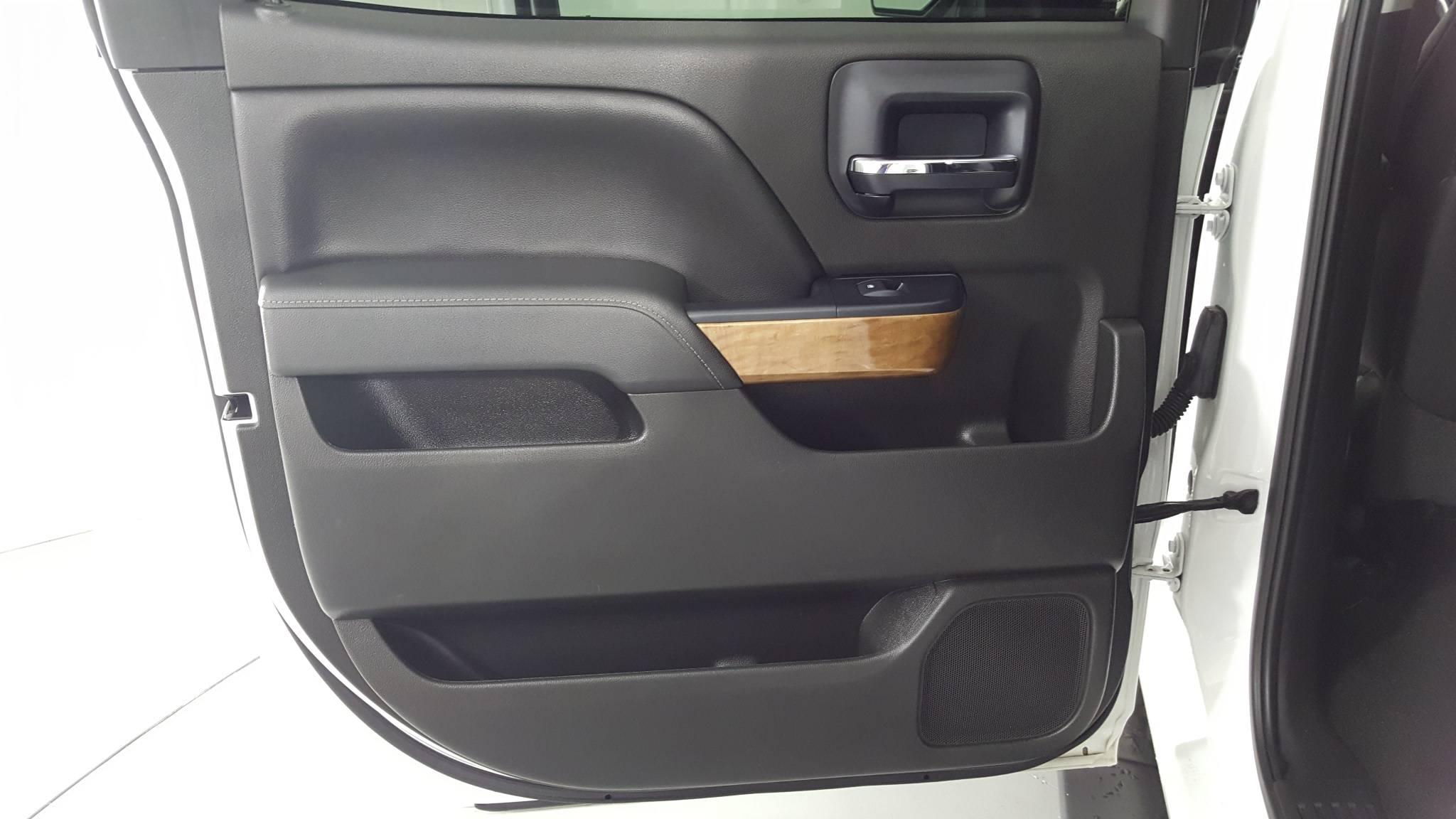Pre-Owned 2014 Chevrolet Silverado 1500 LTZ