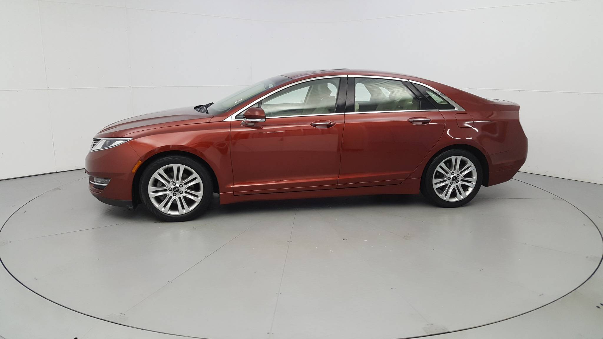 Pre-Owned 2014 Lincoln MKZ
