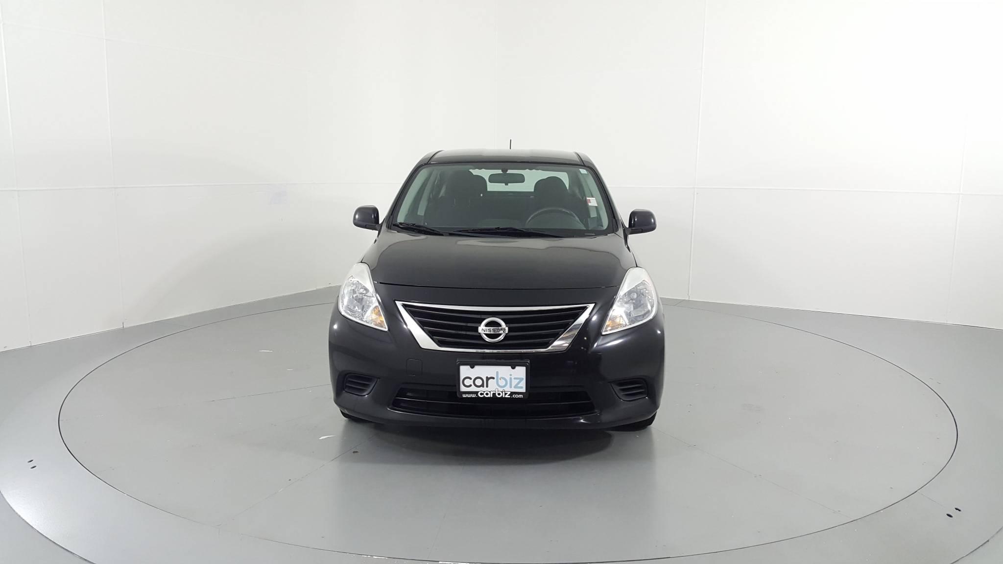 Pre-Owned 2013 Nissan Versa SV
