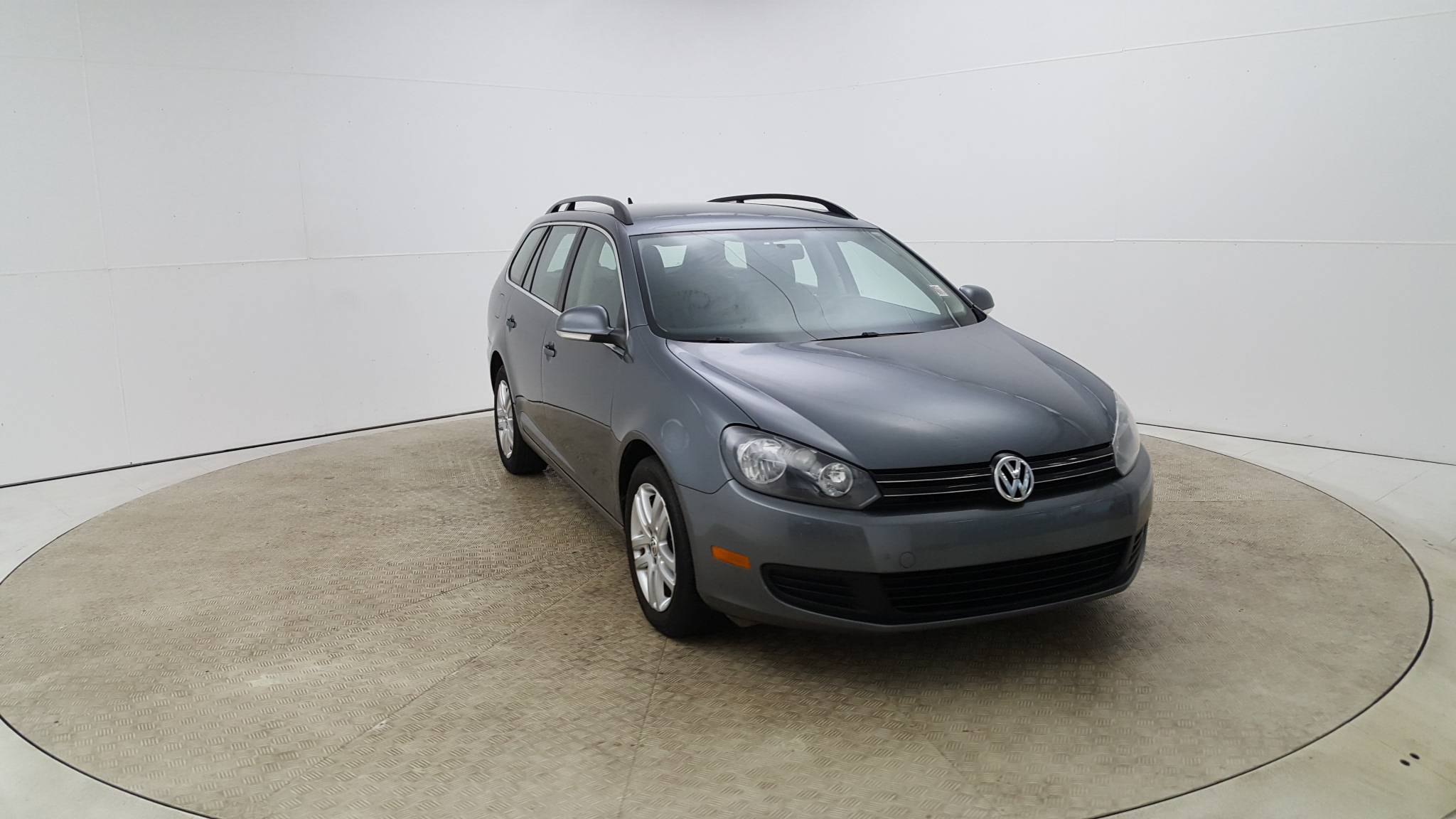 Pre-Owned 2012 Volkswagen Jetta TDI