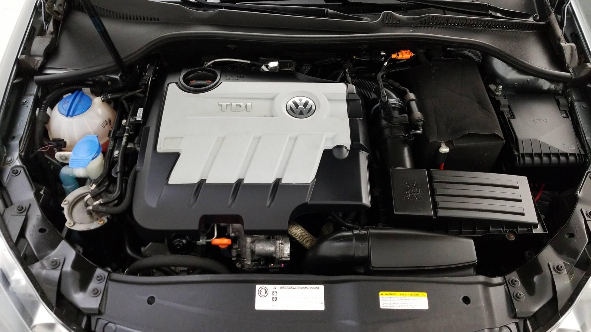 Pre-Owned 2013 Volkswagen Jetta TDI