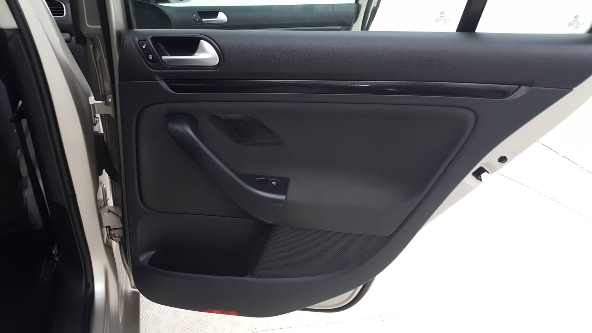 Pre-Owned 2013 Volkswagen Jetta S
