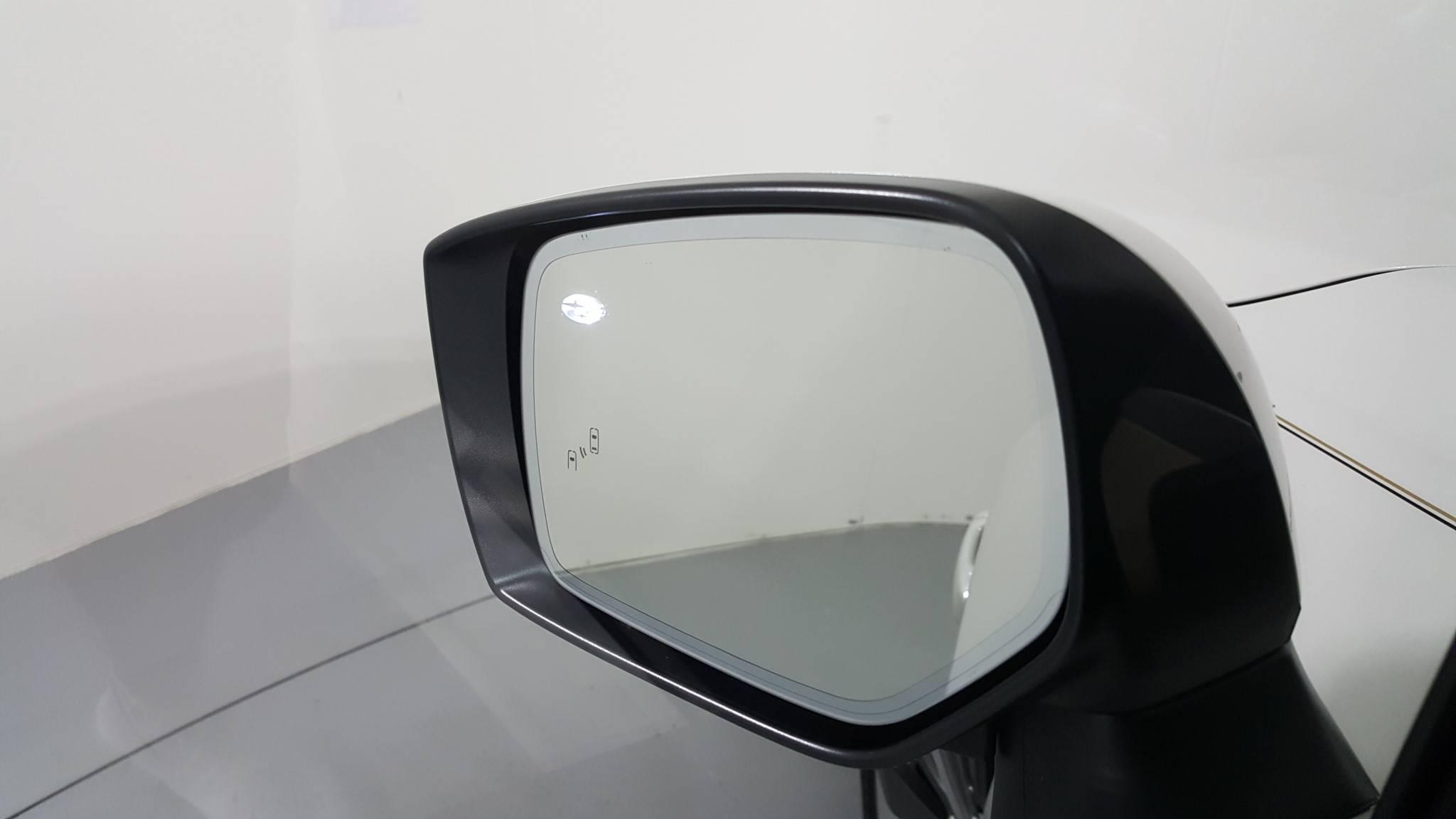 Pre-Owned 2016 Subaru Legacy 2.5i Limited
