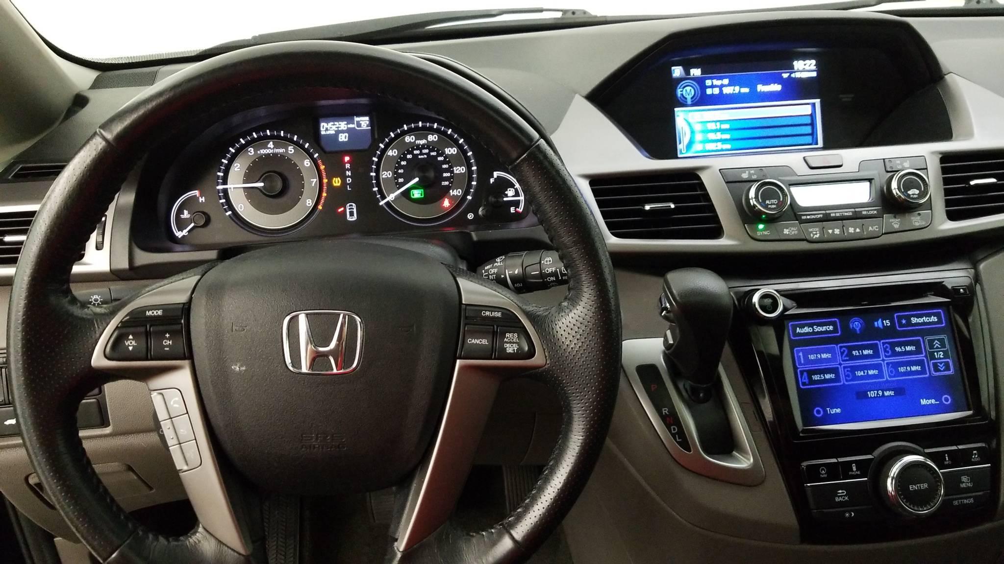 Pre-Owned 2016 Honda Odyssey EX-L