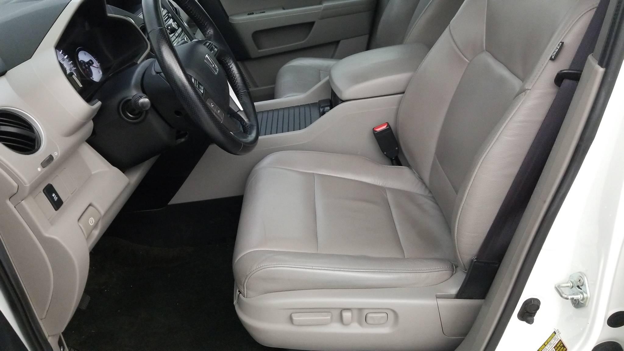 Pre-Owned 2014 Honda Pilot EX-L