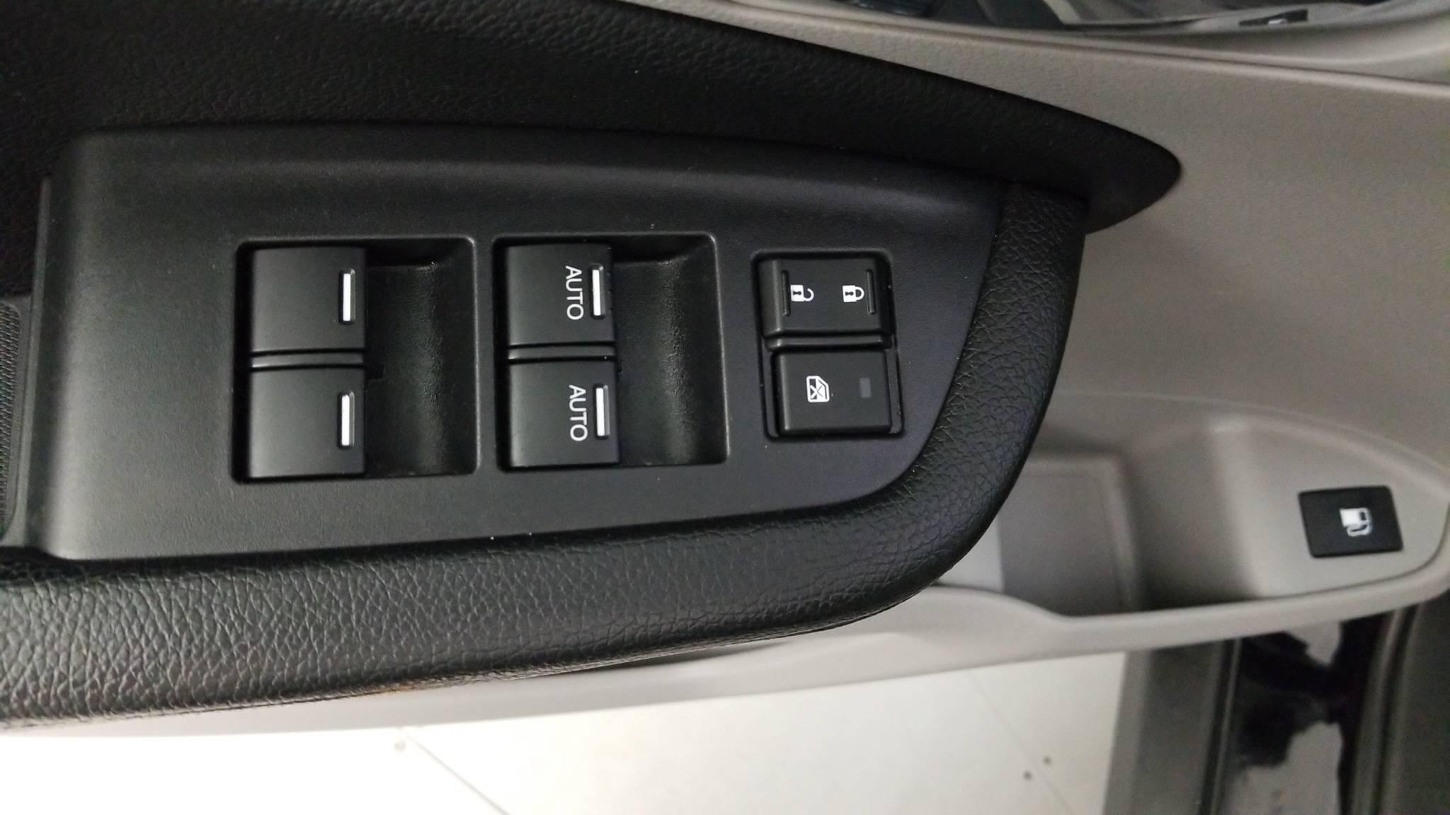 Pre-Owned 2016 Honda Pilot EX