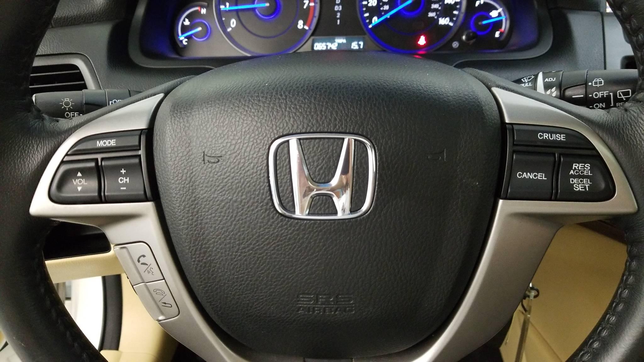 Pre-Owned 2012 Honda Crosstour EX-L