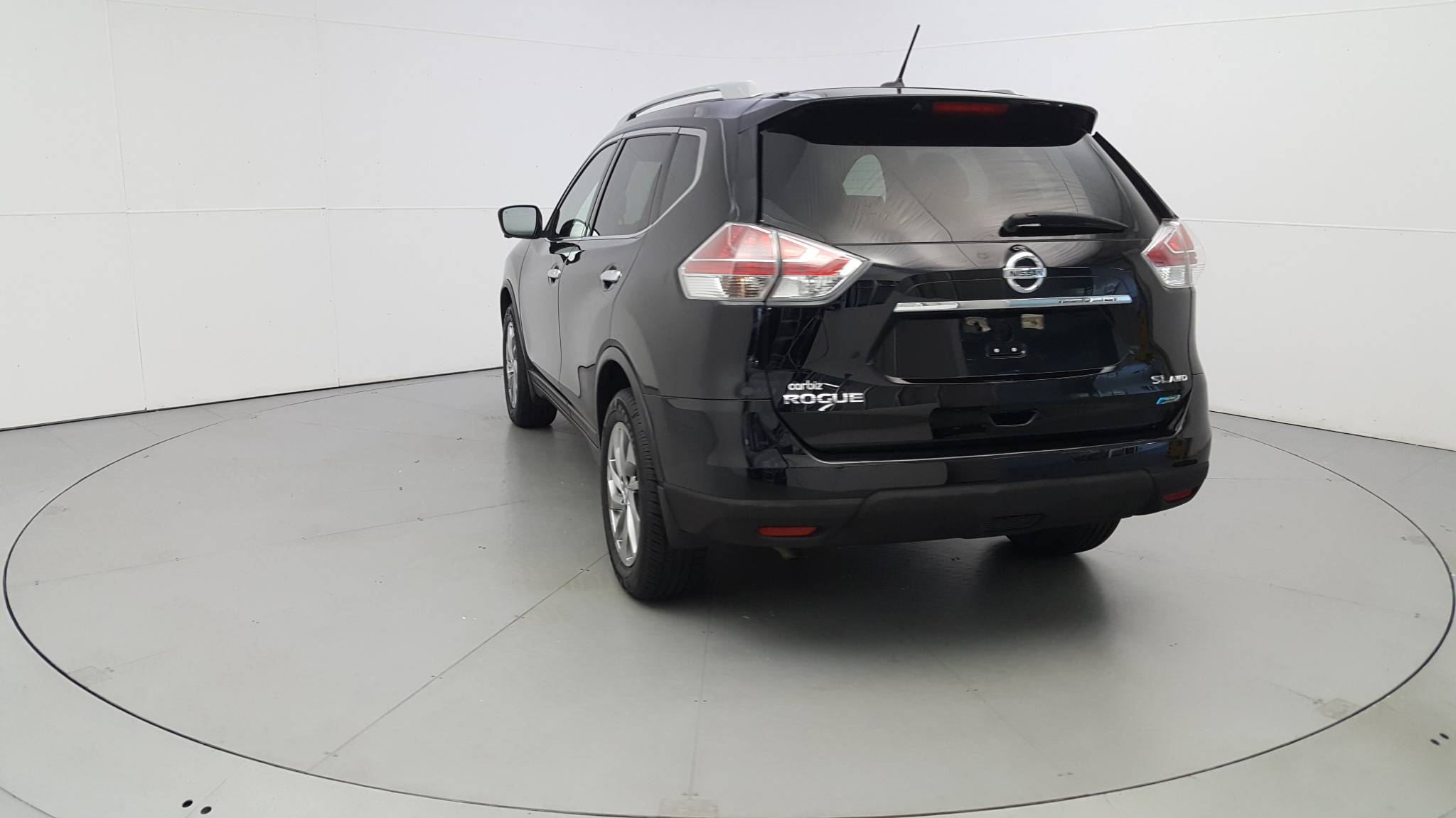 Pre-Owned 2014 Nissan Rogue SL