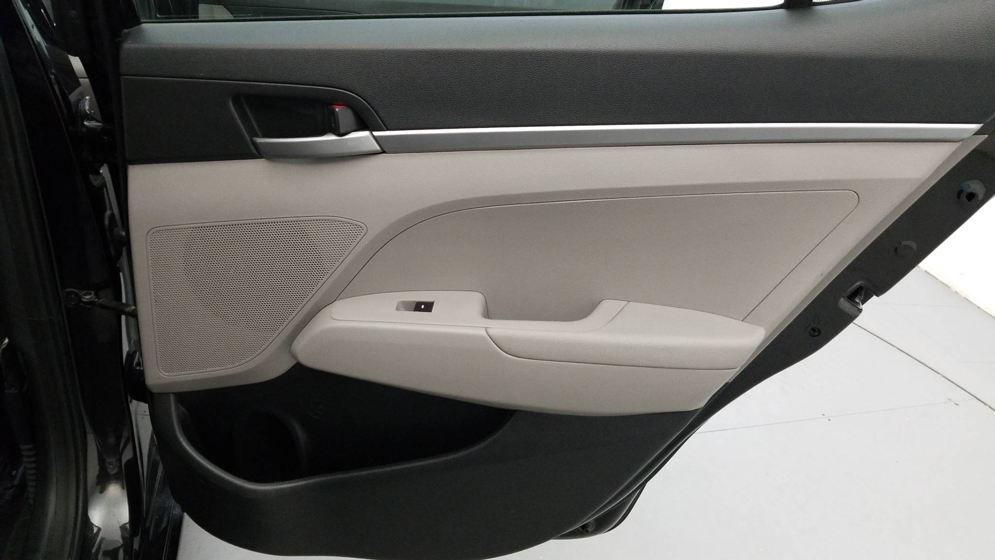 Certified Pre-Owned 2017 Hyundai Elantra SE