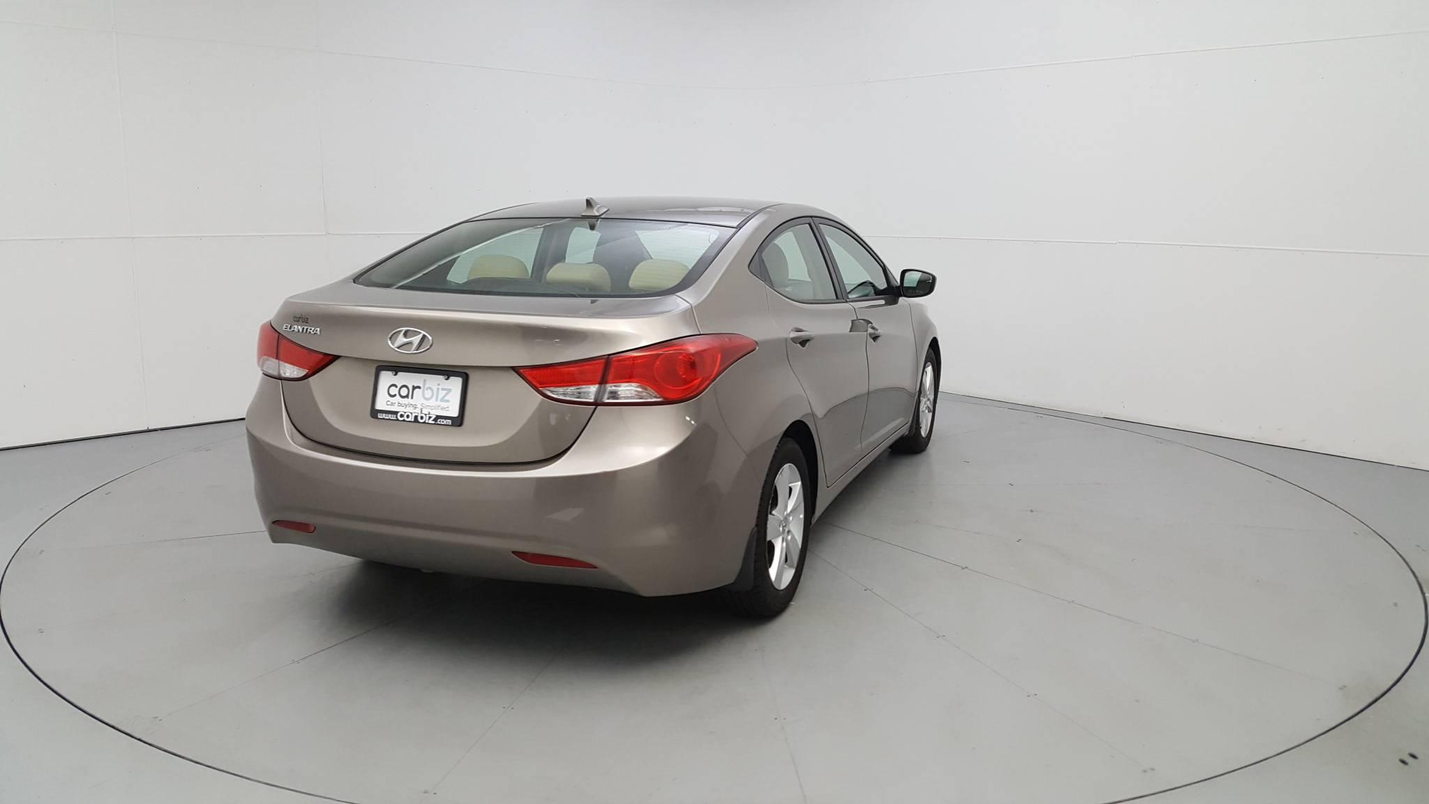 Pre-Owned 2013 Hyundai Elantra GLS