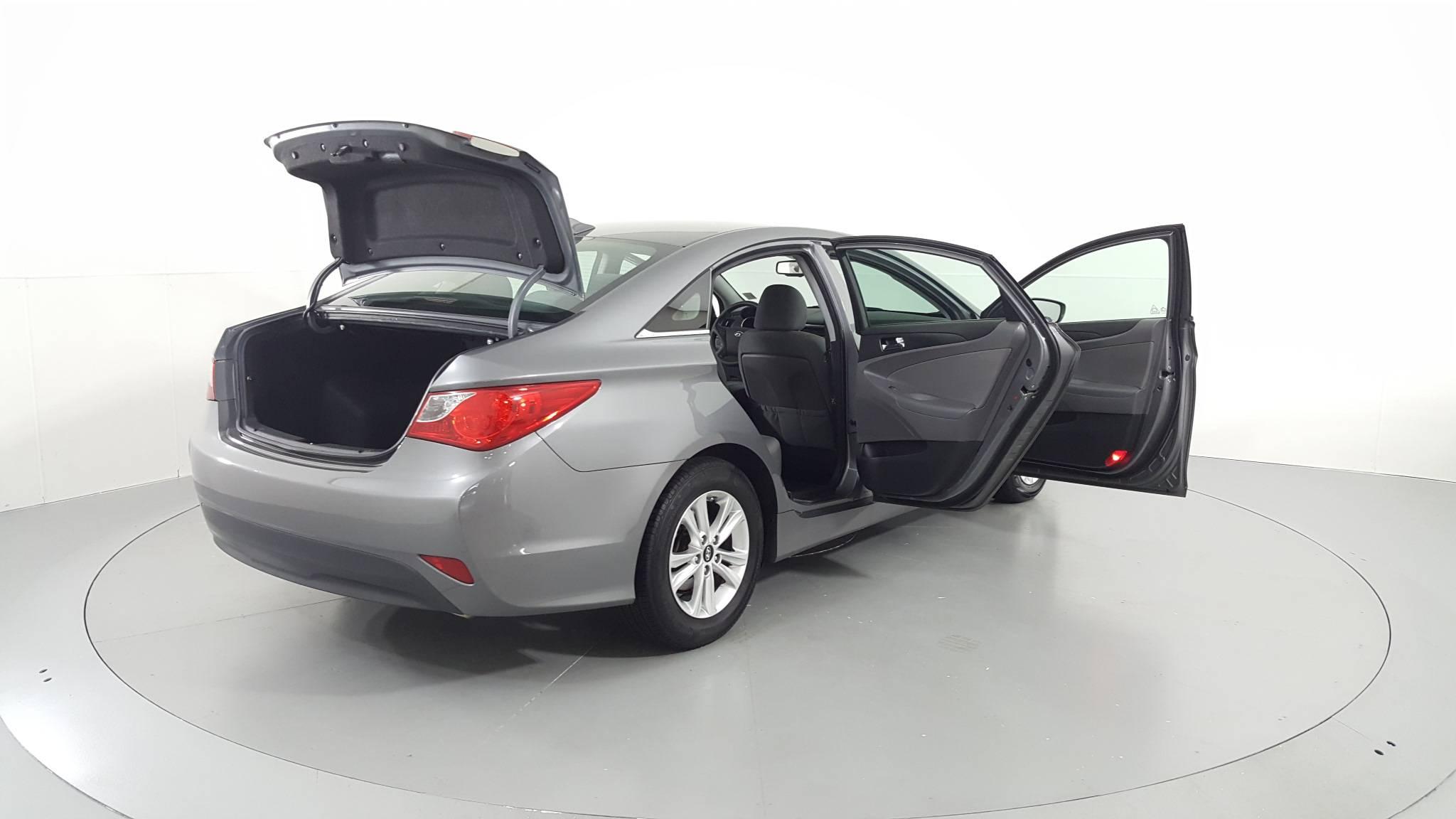 Pre-Owned 2014 Hyundai Sonata GLS