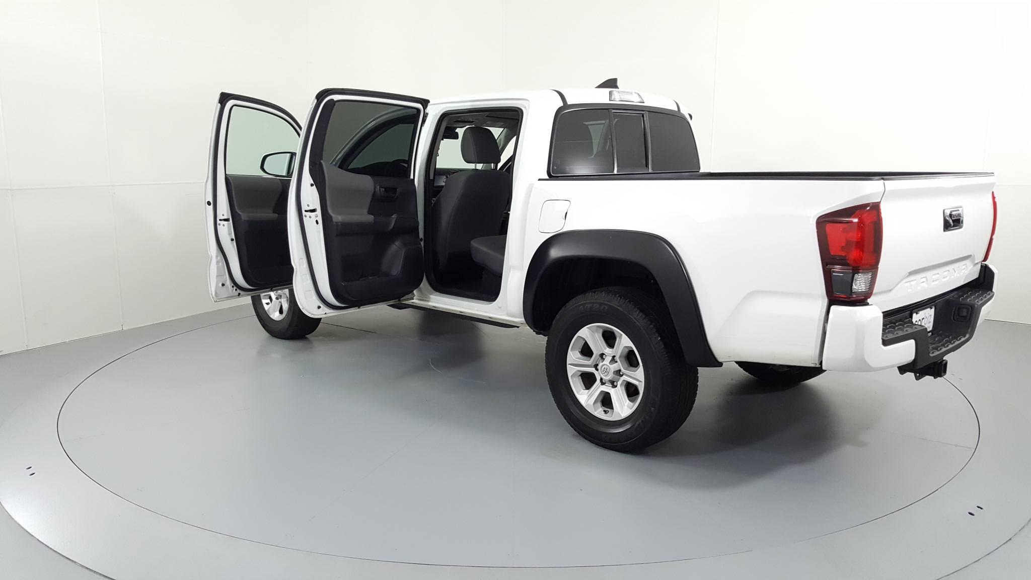 Pre-Owned 2018 Toyota Tacoma SR