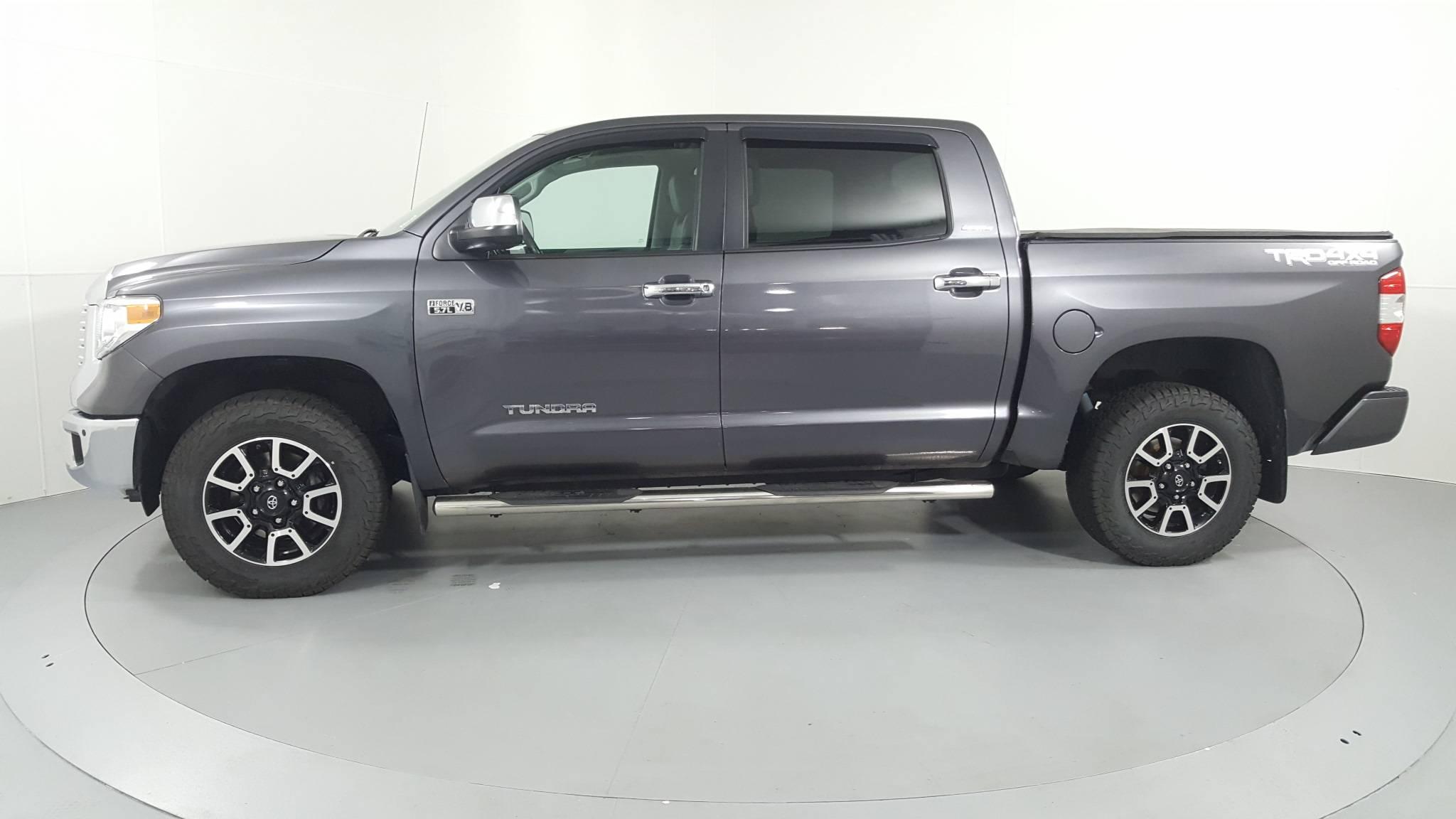 Pre-Owned 2014 Toyota Tundra LTD