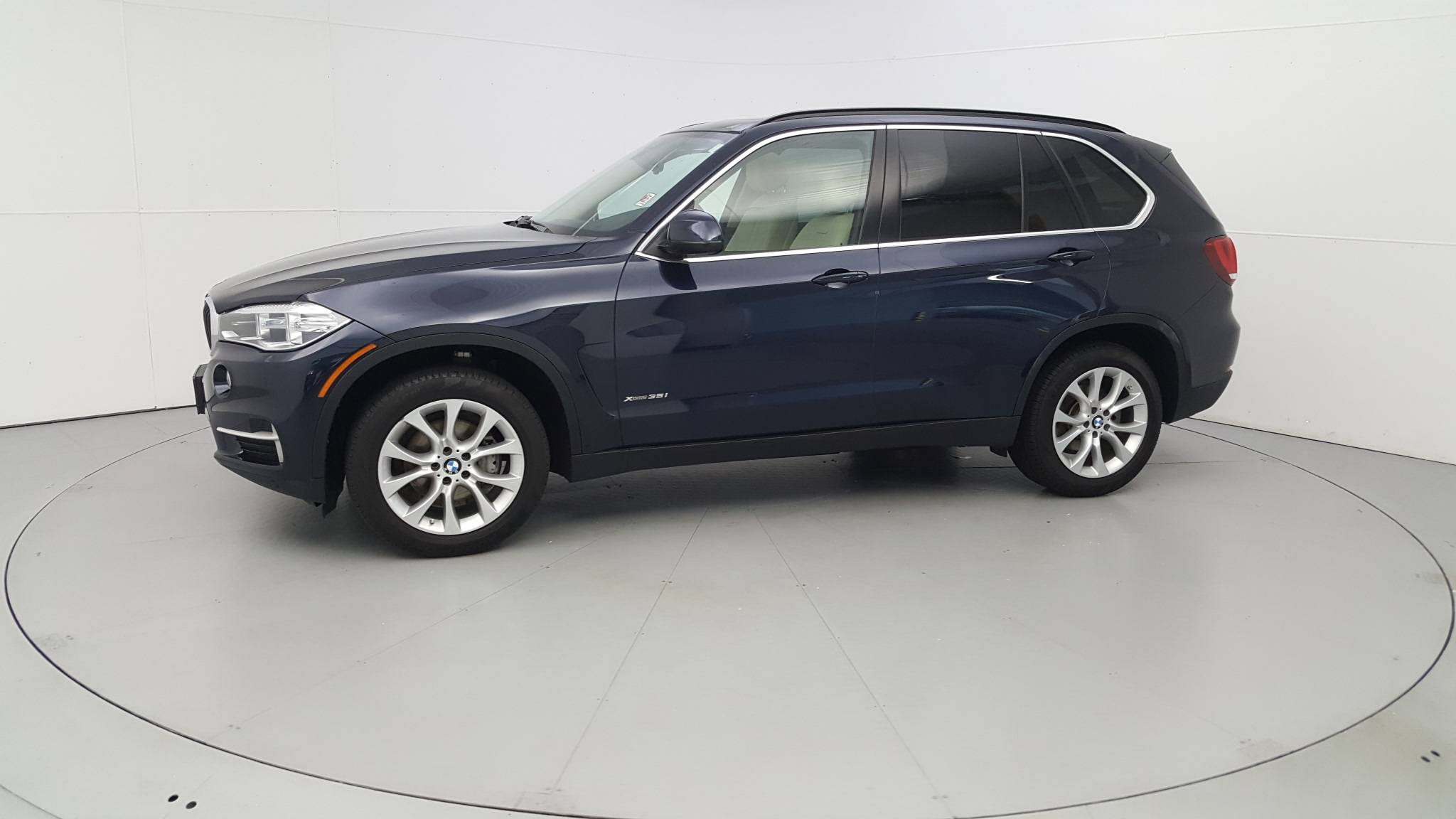Pre-Owned 2016 BMW X5 xDrive35i xDrive35i