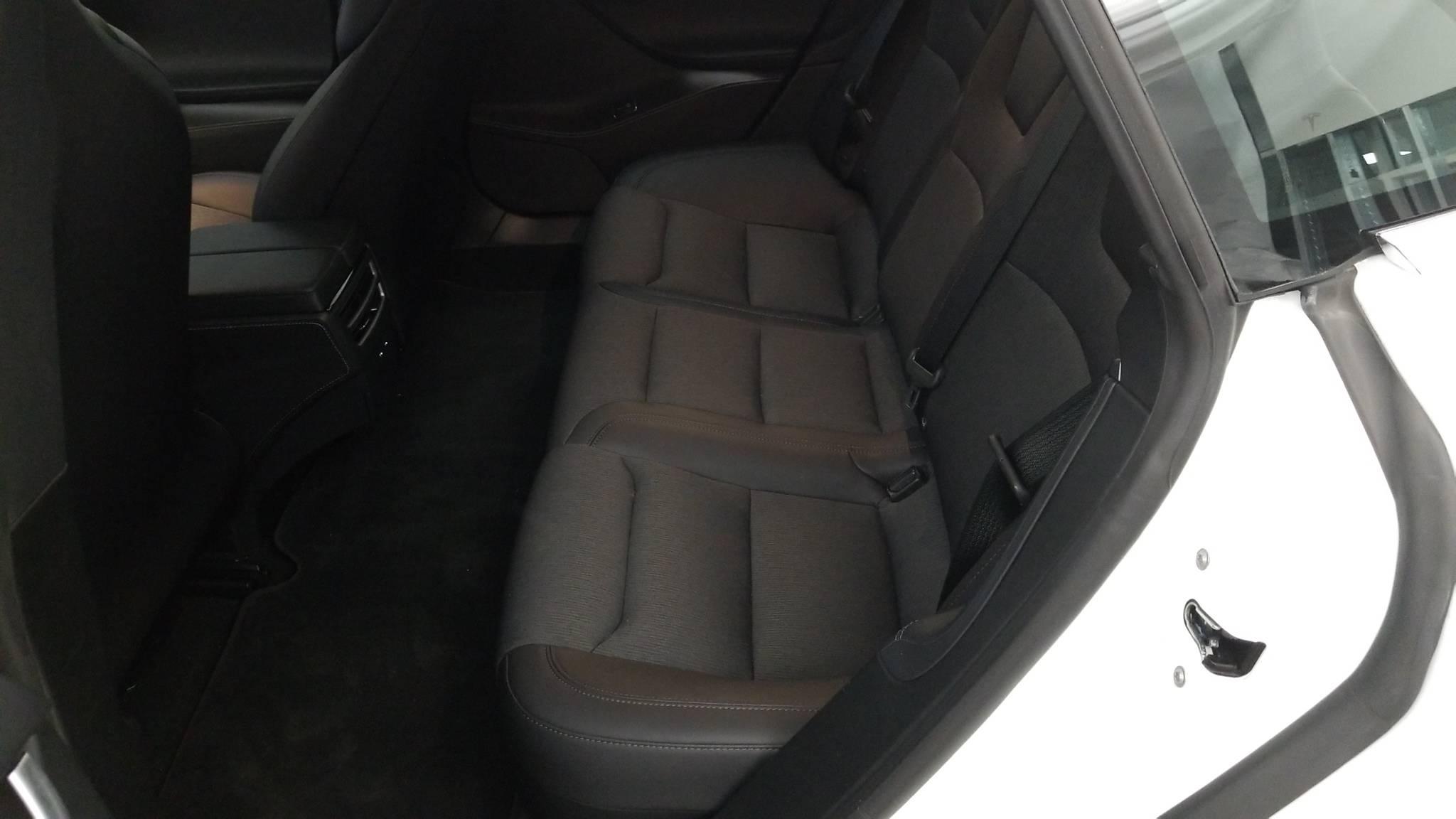 Pre-Owned 2018 Tesla Model S 75D
