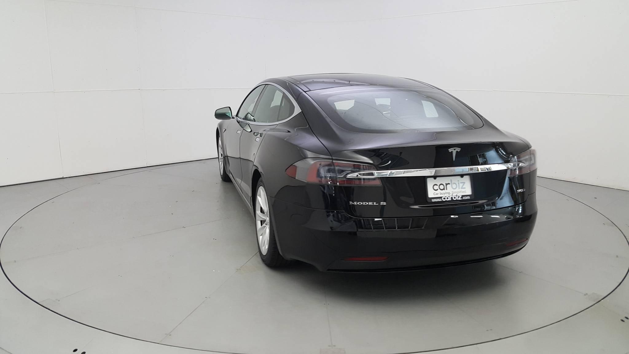 Pre-Owned 2016 Tesla Model S 90D