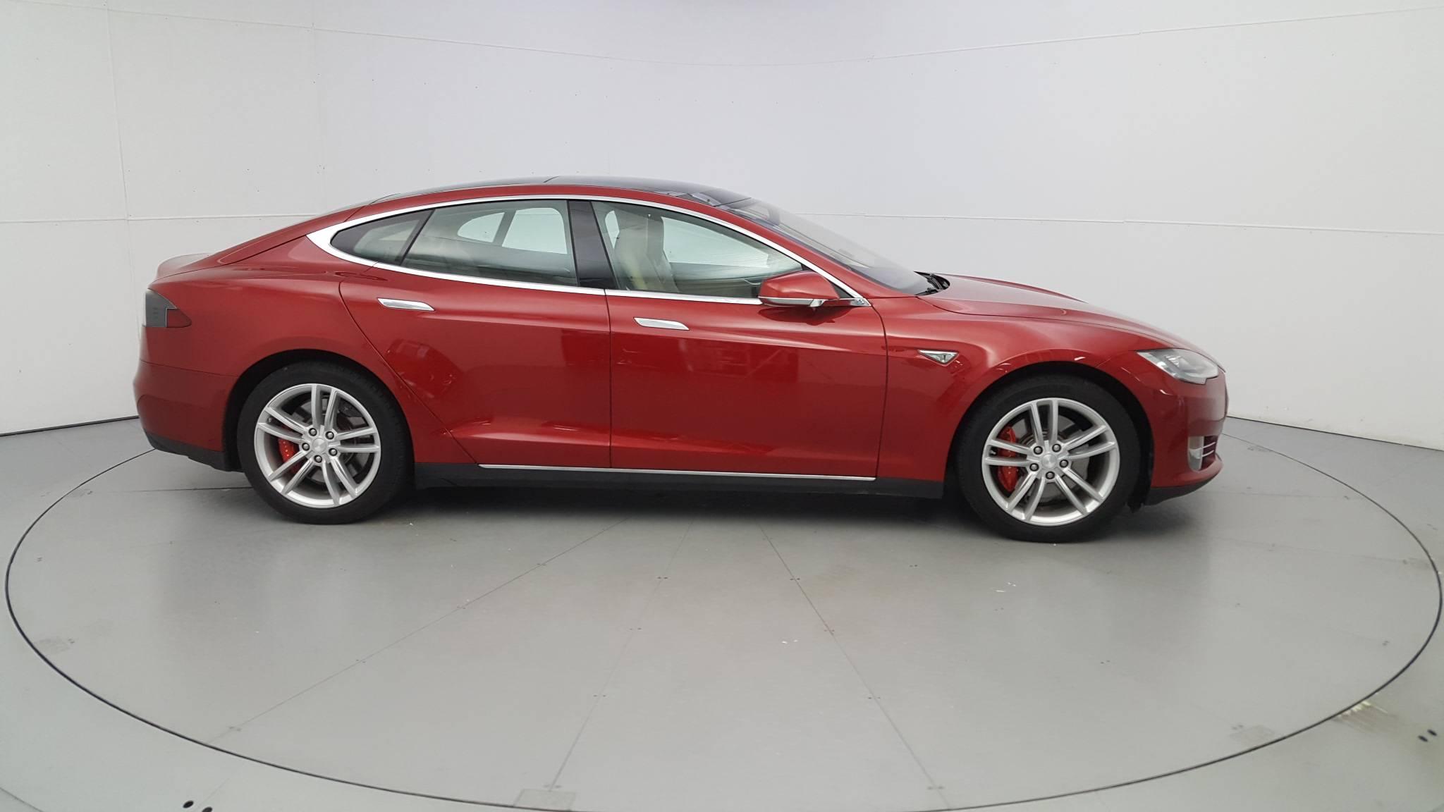 Pre-Owned 2014 Tesla Model S P85
