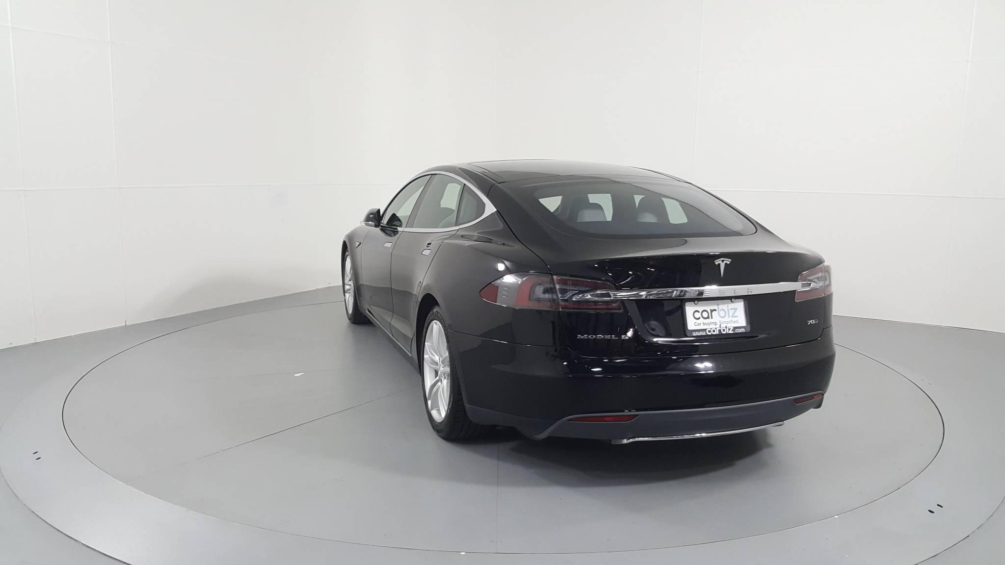 Pre-Owned 2015 Tesla Model S 70D