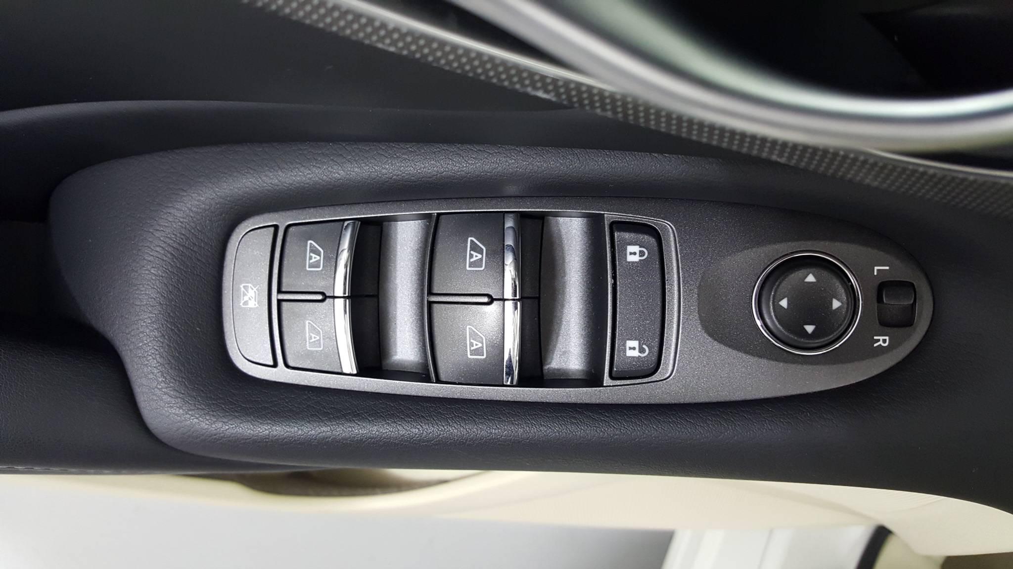 Pre-Owned 2015 INFINITI Q50 Premium
