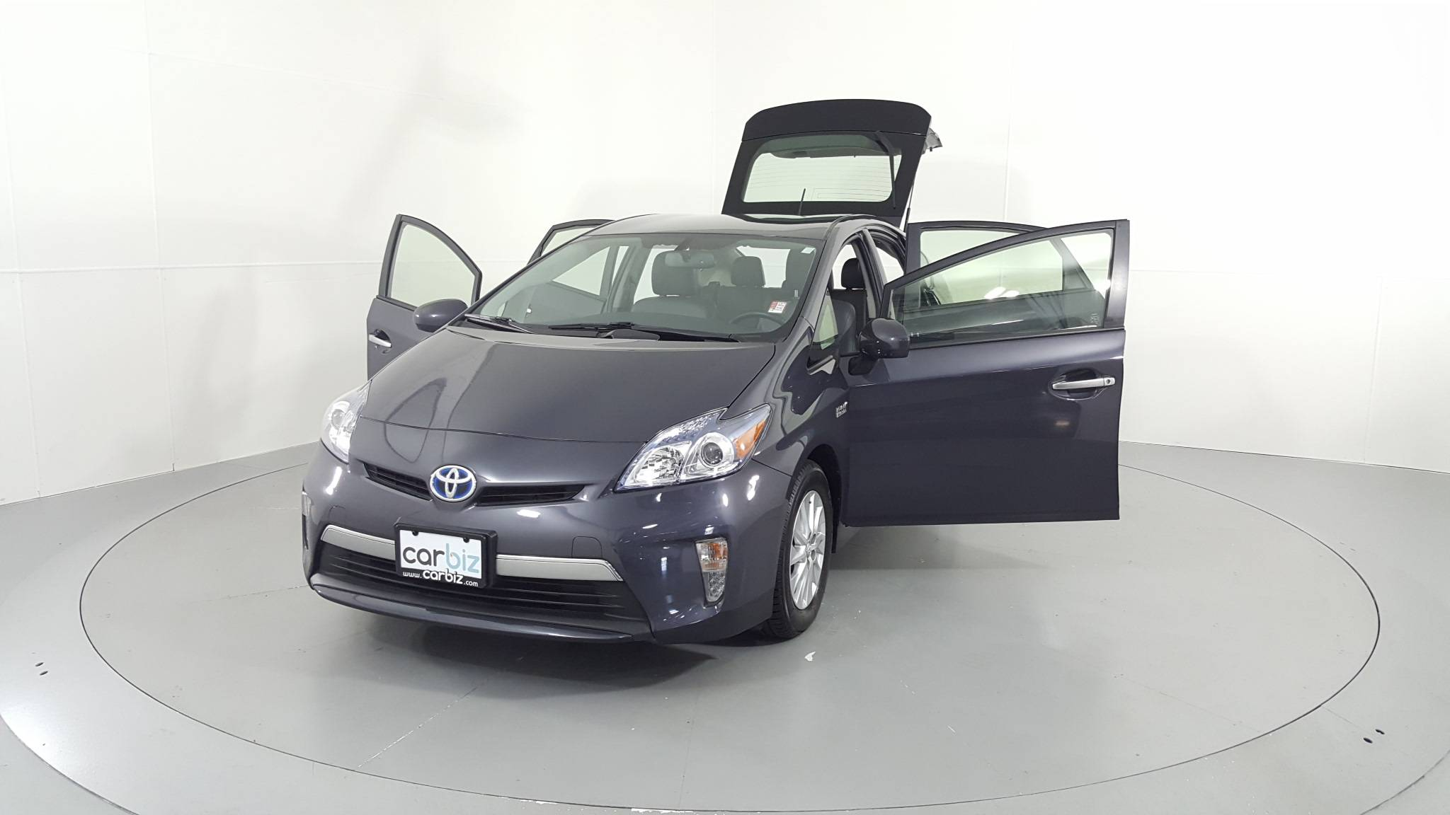 Pre-Owned 2014 Toyota Prius Plug-In Advanced