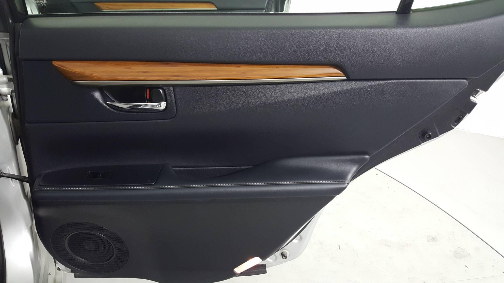 Pre-Owned 2014 Lexus ES 300h Hybrid