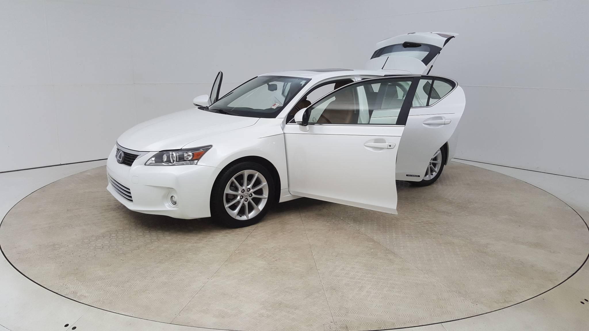 Pre Owned 2011 Lexus CT 200h Premium