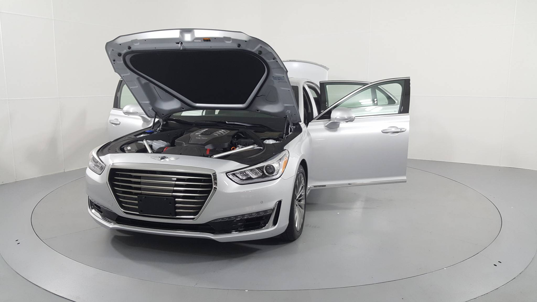 Pre-Owned 2017 Genesis G90 5.0L Ultimate