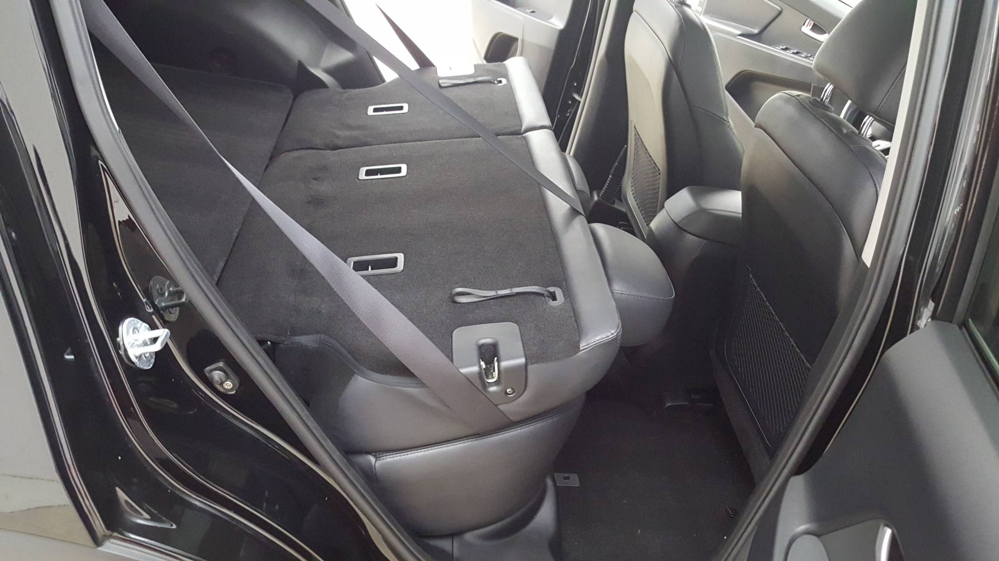 Pre-Owned 2013 Kia Sportage EX