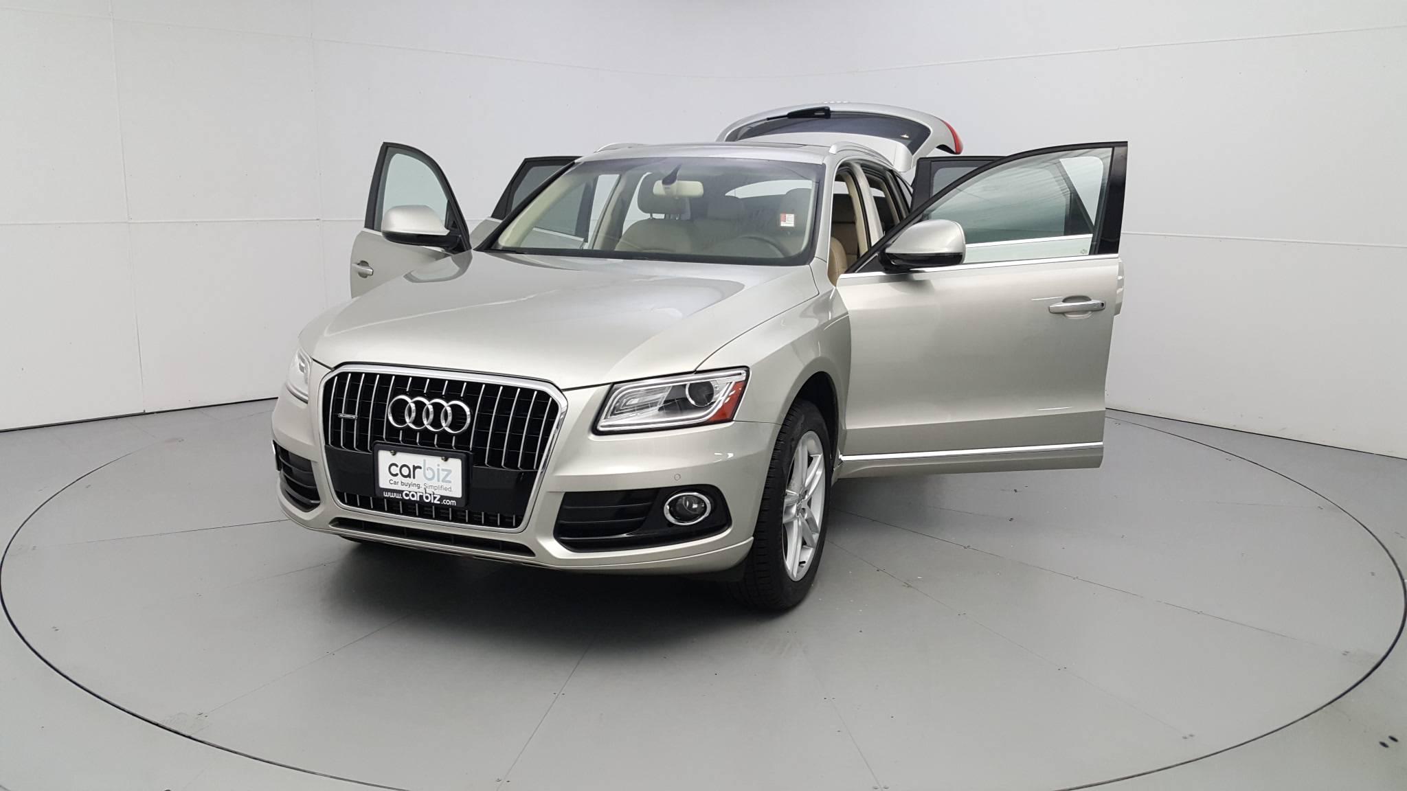 Pre-Owned 2017 Audi Q5 Premium