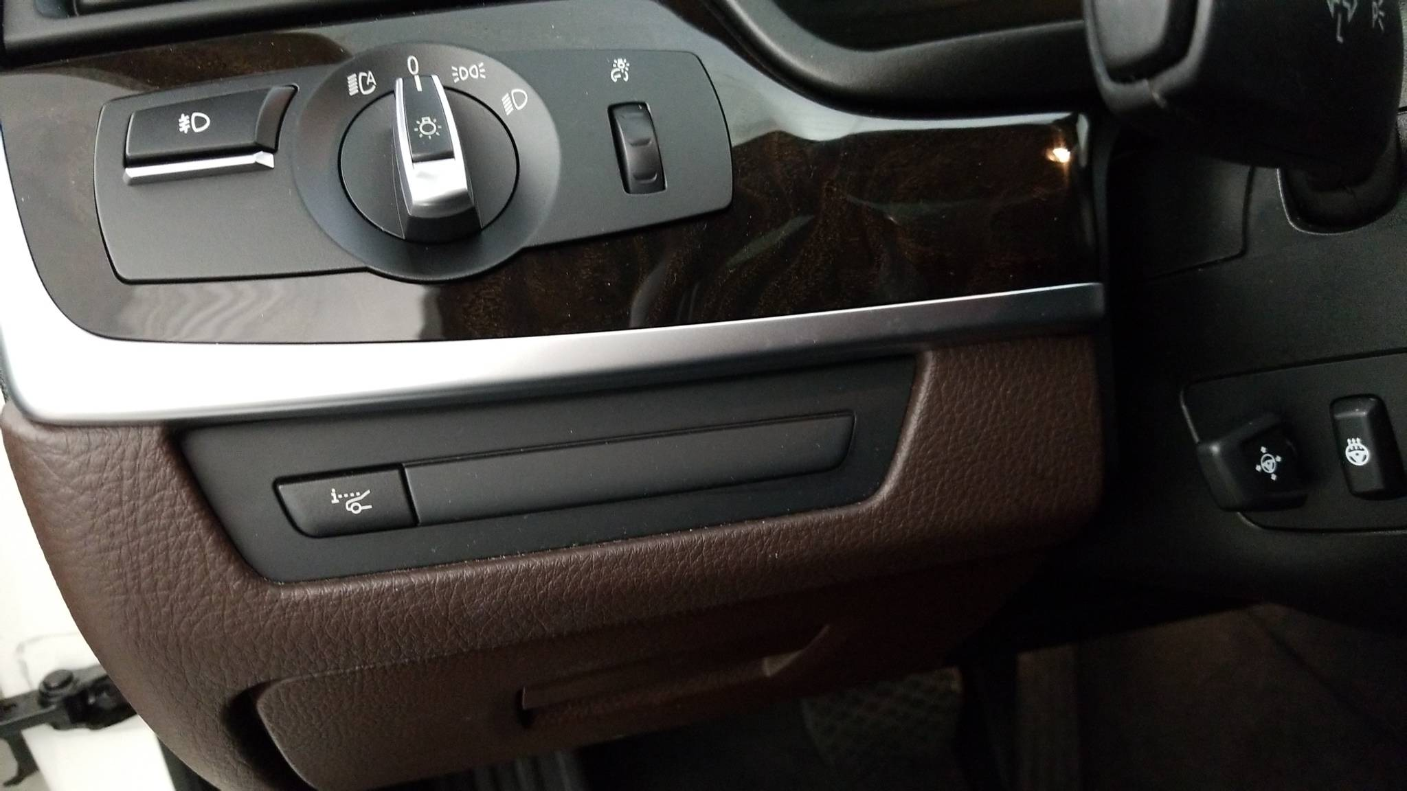 Pre-Owned 2016 BMW 528i xDrive 528i xDrive
