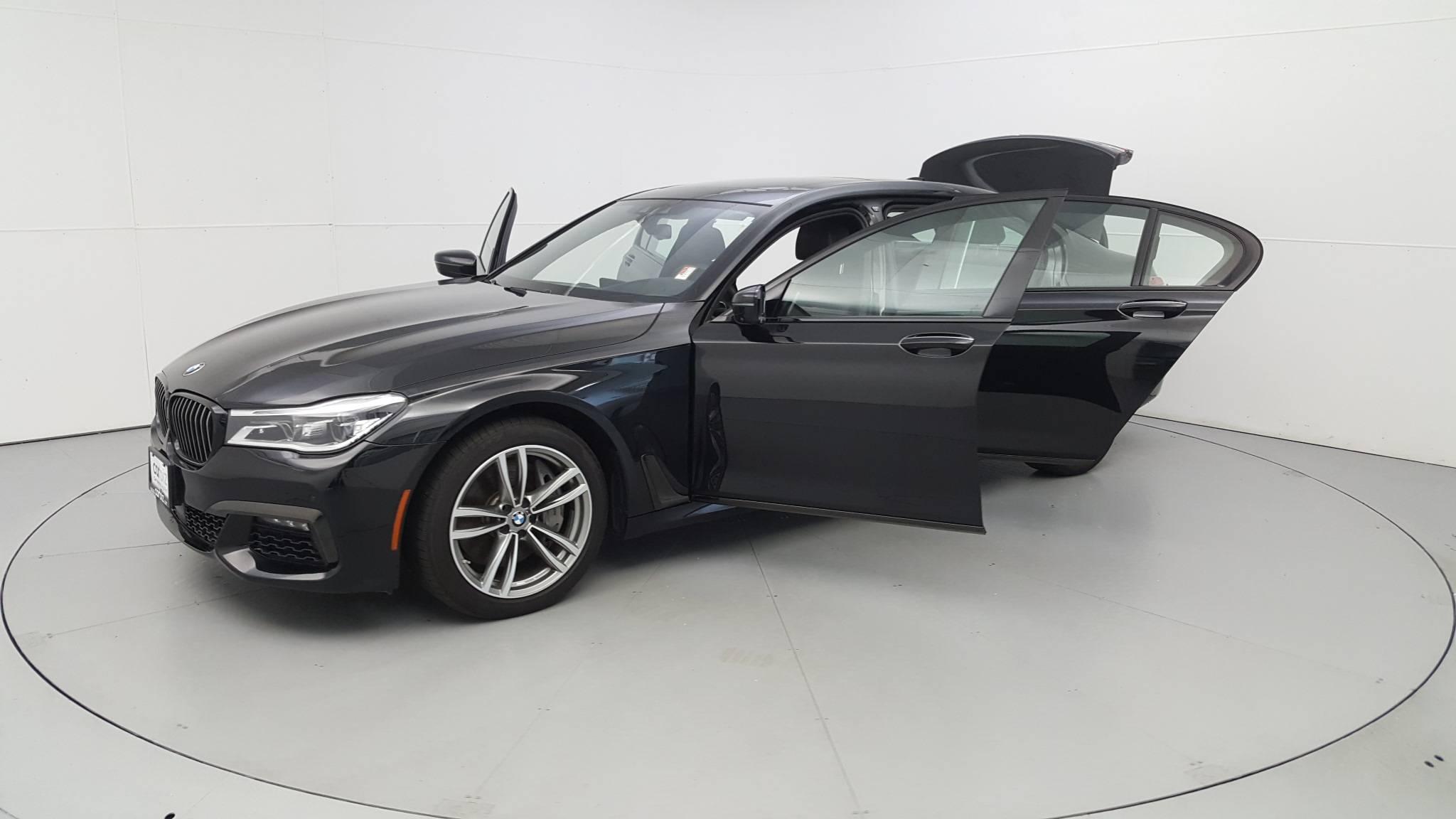 Pre-Owned 2017 BMW 750i xDrive 750i xDrive